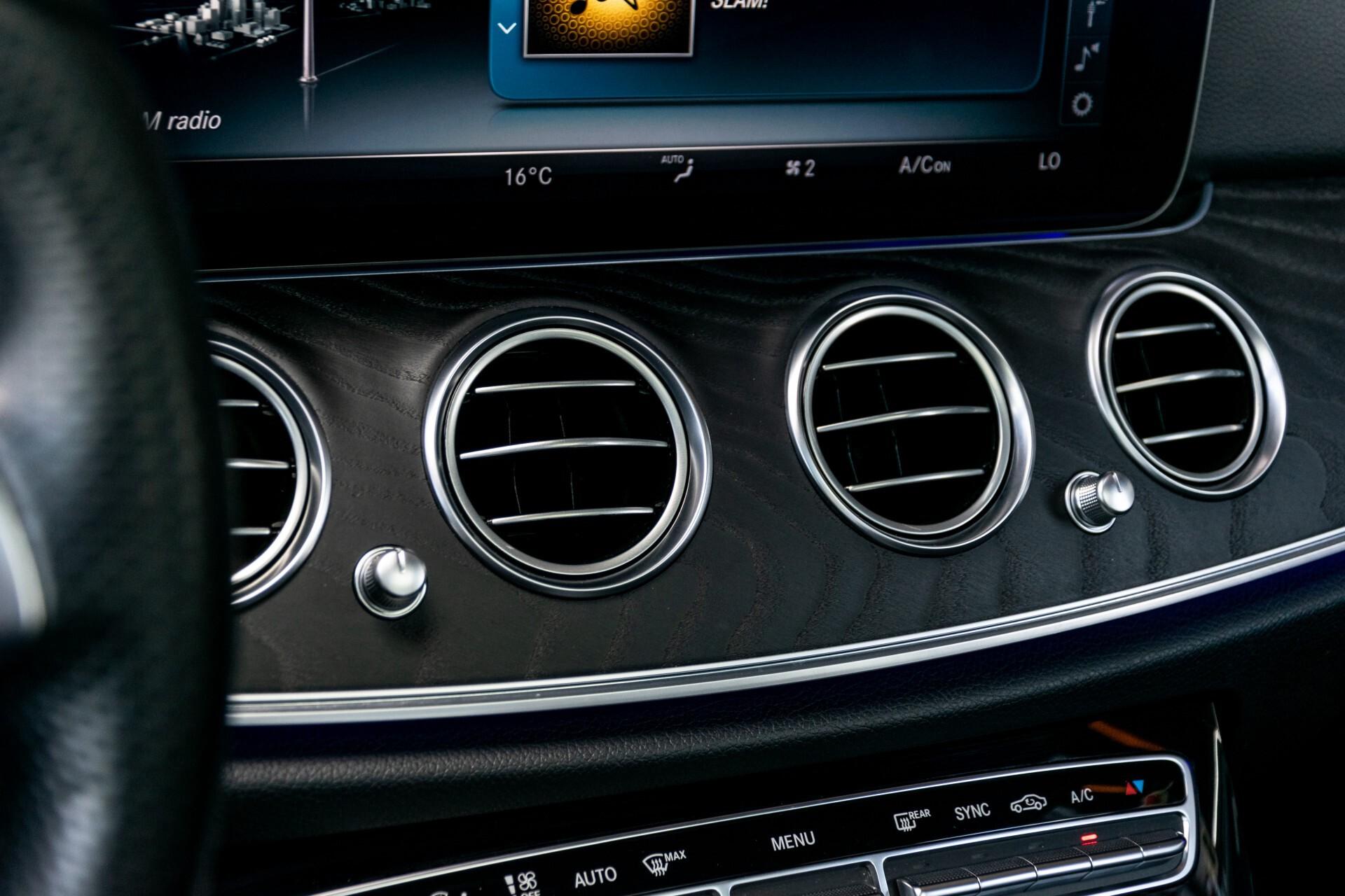"Mercedes-Benz E-Klasse 220 d AMG Night Panorama/Widescreen/Burmester/20""/Wegklapbare trekhaak Aut9 Foto 19"