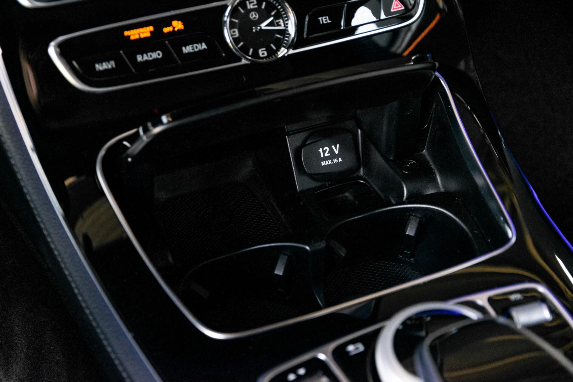 "Mercedes-Benz E-Klasse 220 d AMG Night Panorama/Widescreen/Burmester/20""/Wegklapbare trekhaak Aut9 Foto 25"