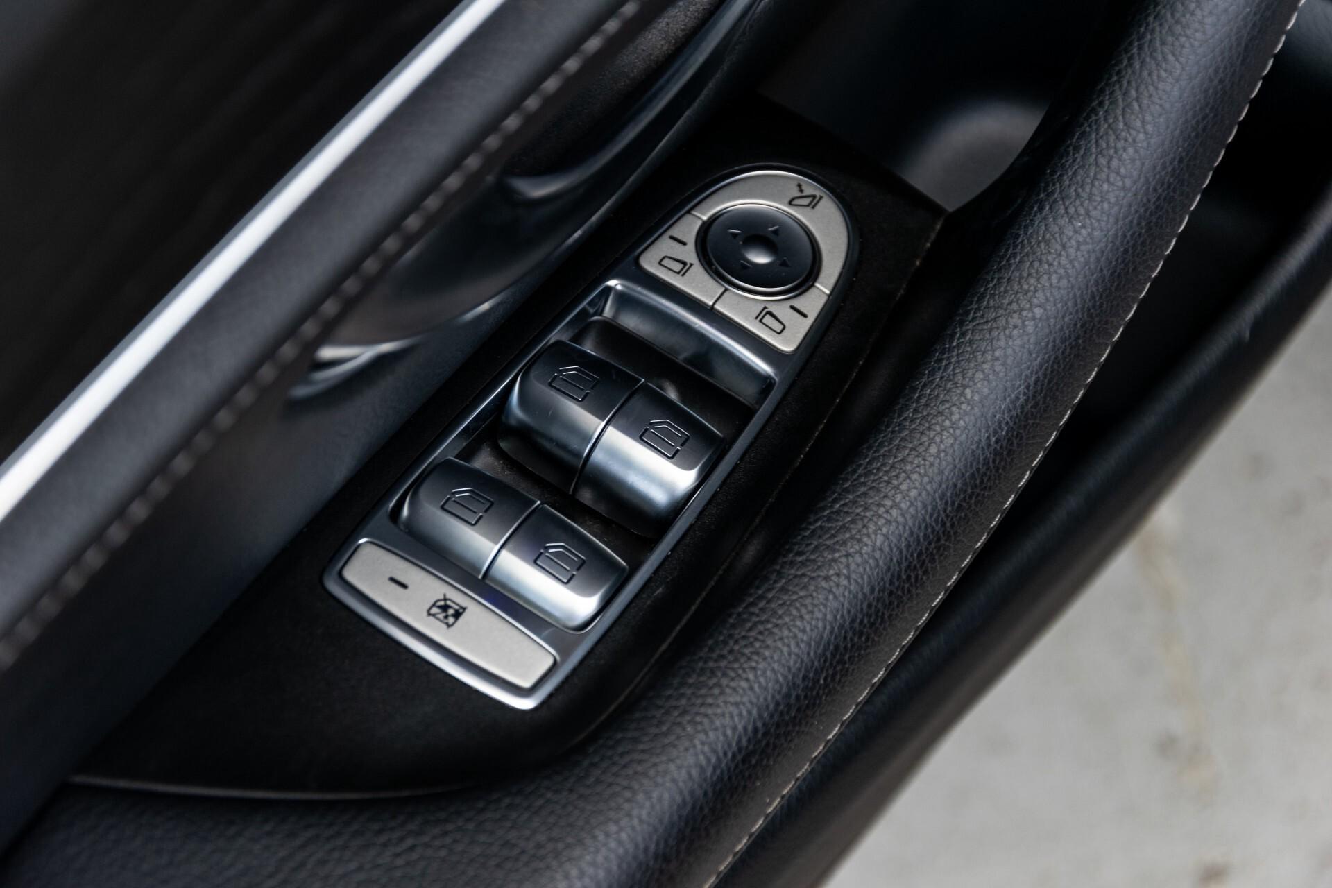"Mercedes-Benz E-Klasse 220 d AMG Night Panorama/Widescreen/Burmester/20""/Wegklapbare trekhaak Aut9 Foto 27"
