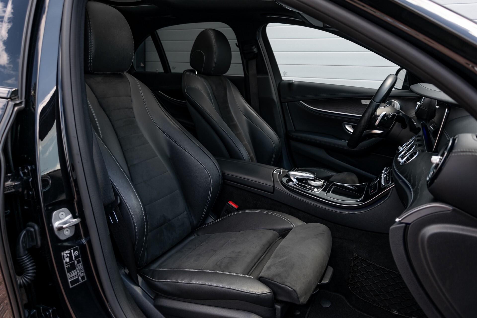 "Mercedes-Benz E-Klasse 220 d AMG Night Panorama/Widescreen/Burmester/20""/Wegklapbare trekhaak Aut9 Foto 3"