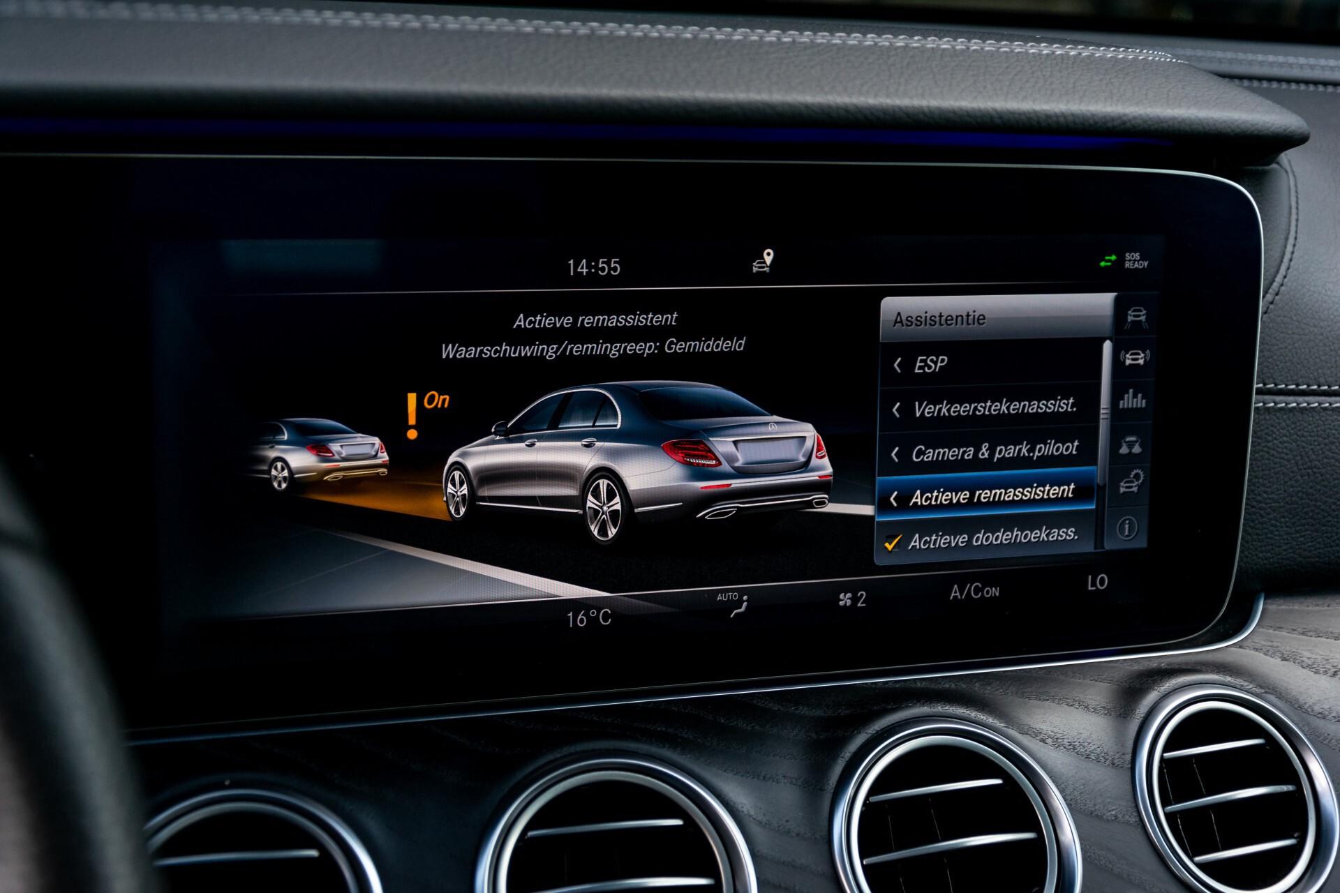 "Mercedes-Benz E-Klasse 220 d AMG Night Panorama/Widescreen/Burmester/20""/Wegklapbare trekhaak Aut9 Foto 30"