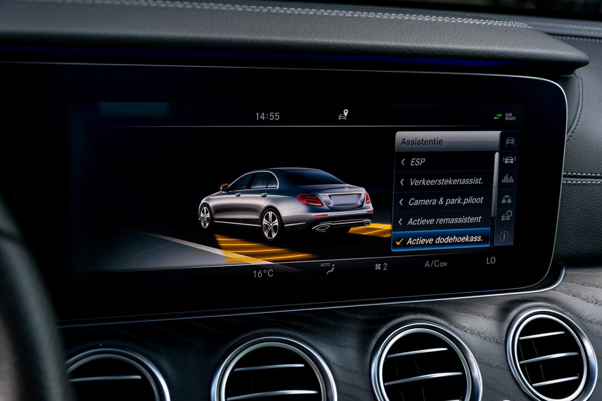 "Mercedes-Benz E-Klasse 220 d AMG Night Panorama/Widescreen/Burmester/20""/Wegklapbare trekhaak Aut9 Foto 32"