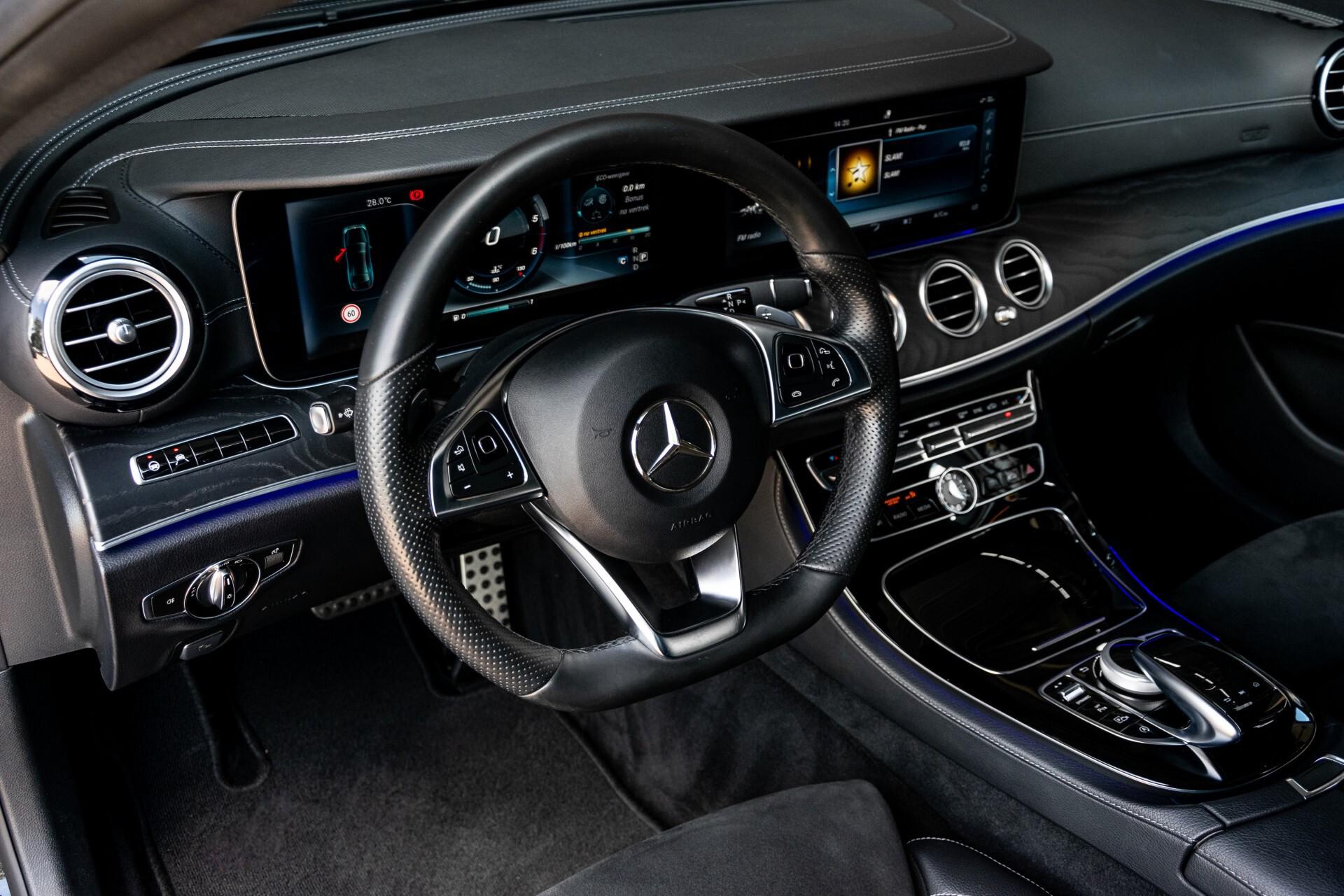 "Mercedes-Benz E-Klasse 220 d AMG Night Panorama/Widescreen/Burmester/20""/Wegklapbare trekhaak Aut9 Foto 33"