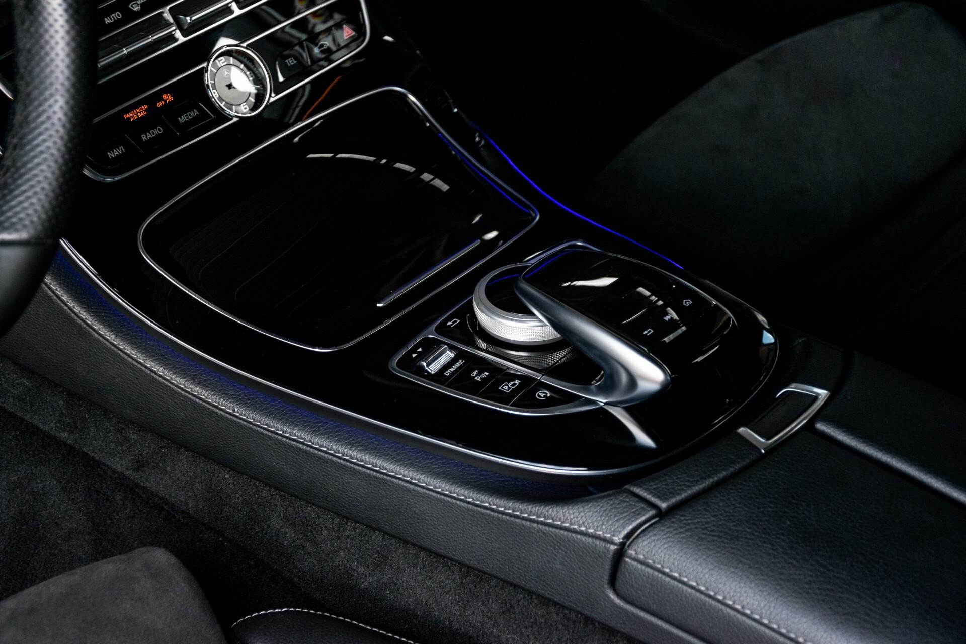 "Mercedes-Benz E-Klasse 220 d AMG Night Panorama/Widescreen/Burmester/20""/Wegklapbare trekhaak Aut9 Foto 35"