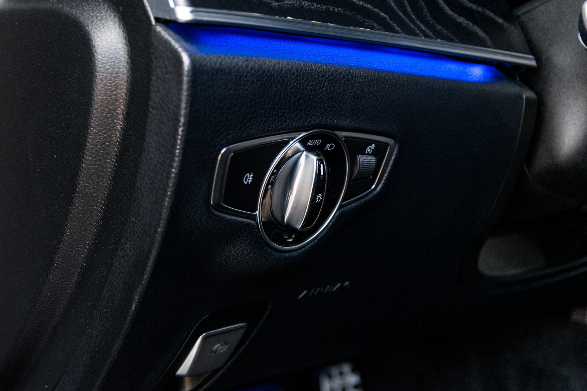 "Mercedes-Benz E-Klasse 220 d AMG Night Panorama/Widescreen/Burmester/20""/Wegklapbare trekhaak Aut9 Foto 37"