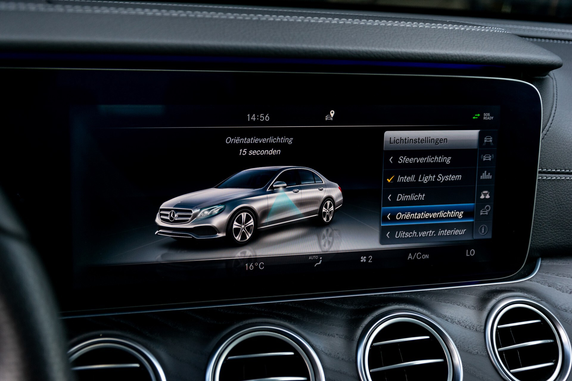 "Mercedes-Benz E-Klasse 220 d AMG Night Panorama/Widescreen/Burmester/20""/Wegklapbare trekhaak Aut9 Foto 40"