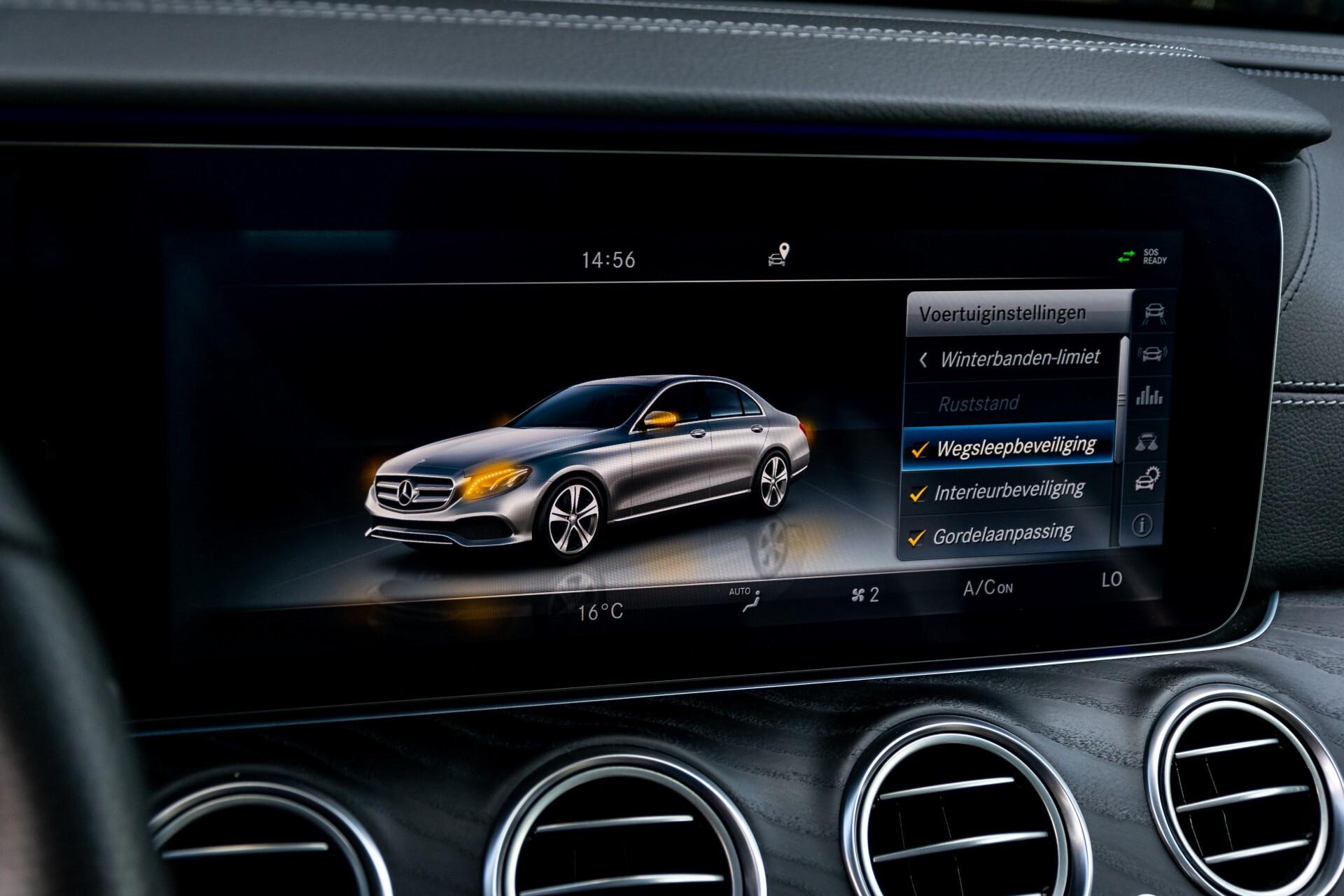 "Mercedes-Benz E-Klasse 220 d AMG Night Panorama/Widescreen/Burmester/20""/Wegklapbare trekhaak Aut9 Foto 42"