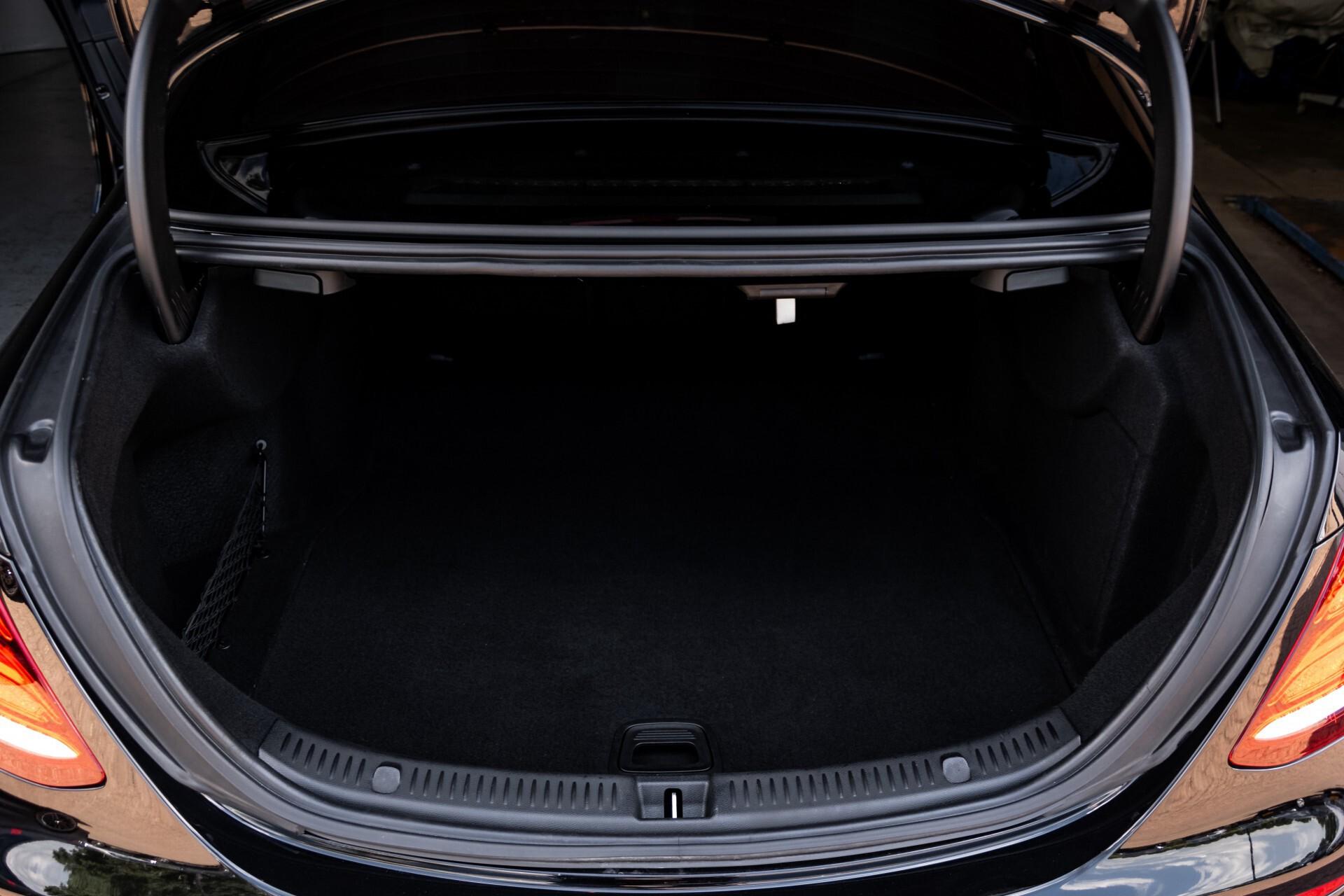 "Mercedes-Benz E-Klasse 220 d AMG Night Panorama/Widescreen/Burmester/20""/Wegklapbare trekhaak Aut9 Foto 56"