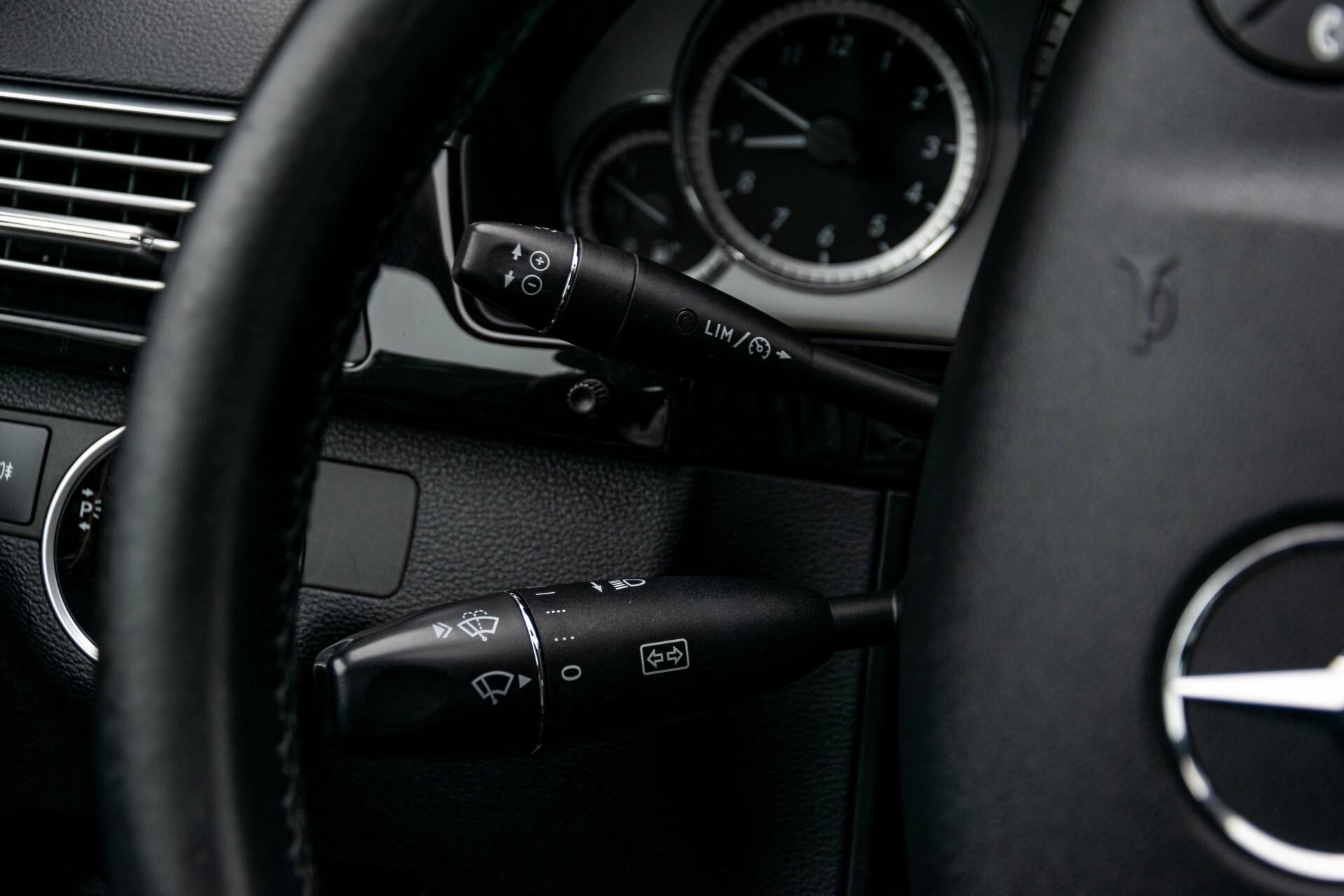 Mercedes-Benz E-Klasse 200 CGI Avantgarde Busines Class Aut5 Foto 10