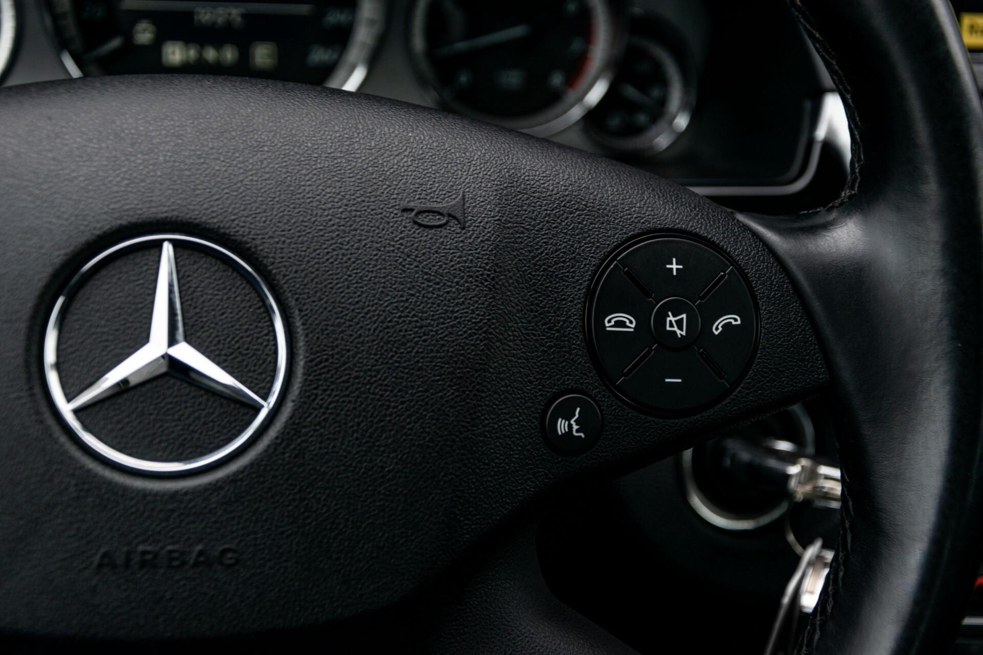 Mercedes-Benz E-Klasse 200 CGI Avantgarde Busines Class Aut5 Foto 12