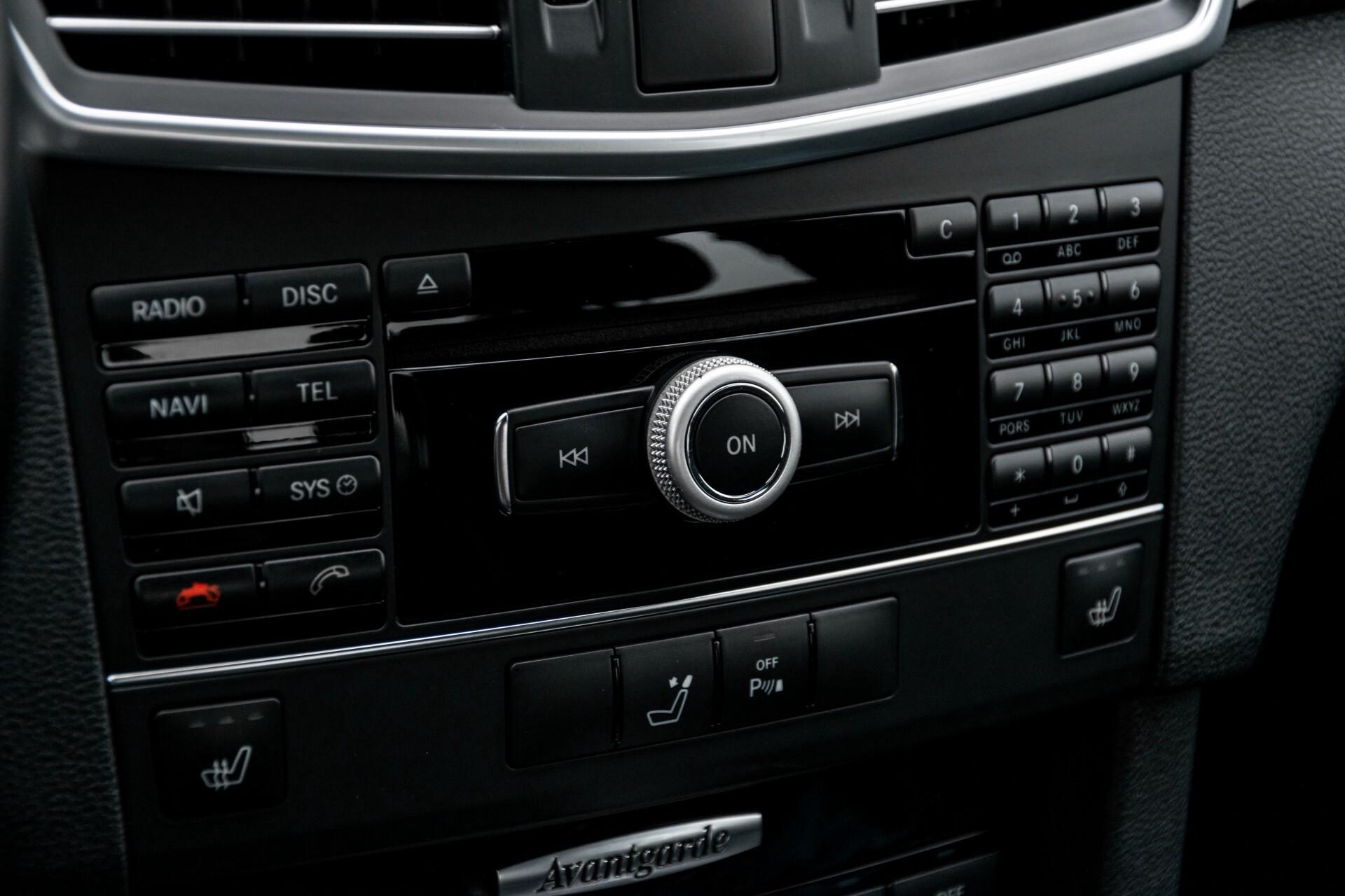 Mercedes-Benz E-Klasse 200 CGI Avantgarde Busines Class Aut5 Foto 21