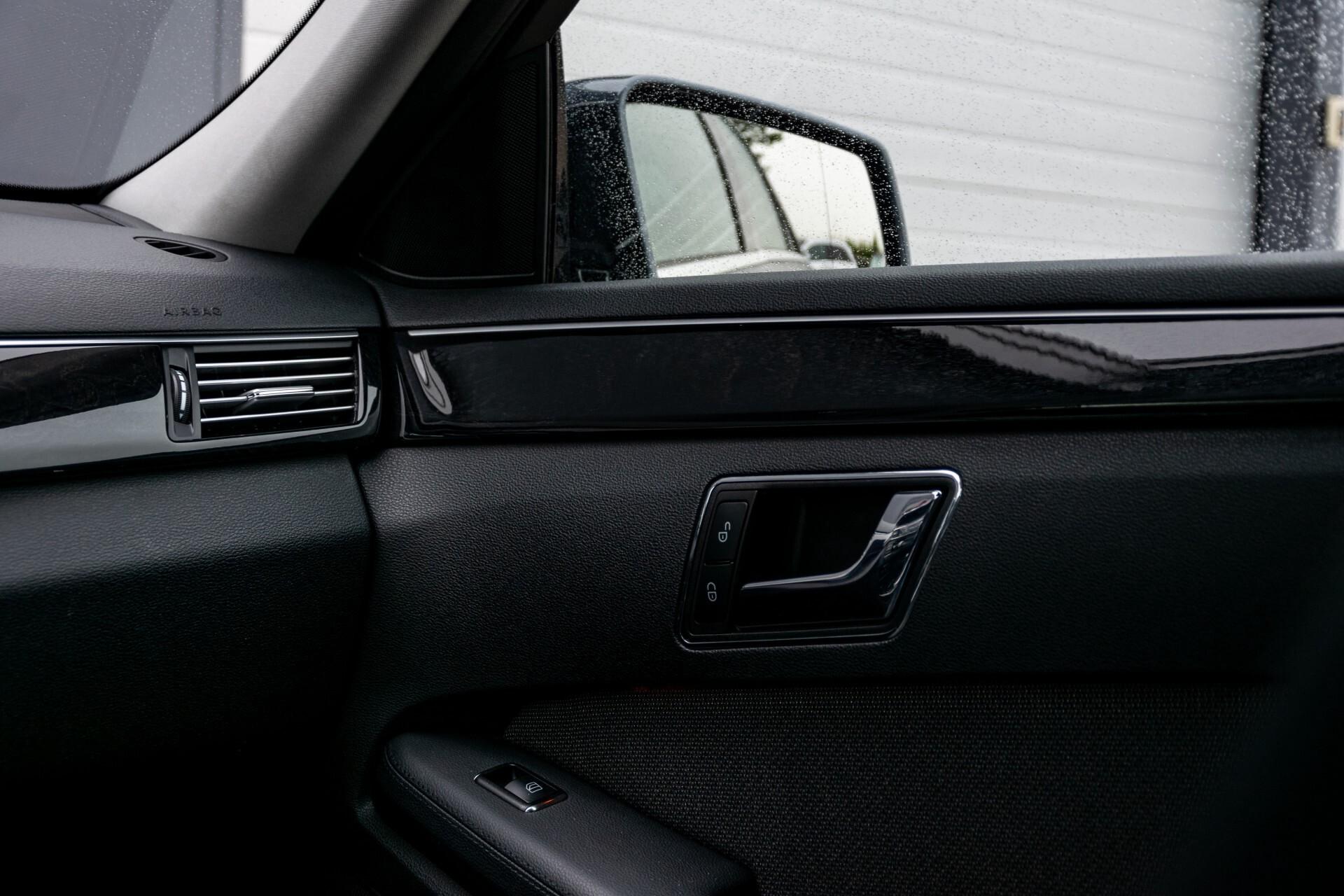 Mercedes-Benz E-Klasse 200 CGI Avantgarde Busines Class Aut5 Foto 32
