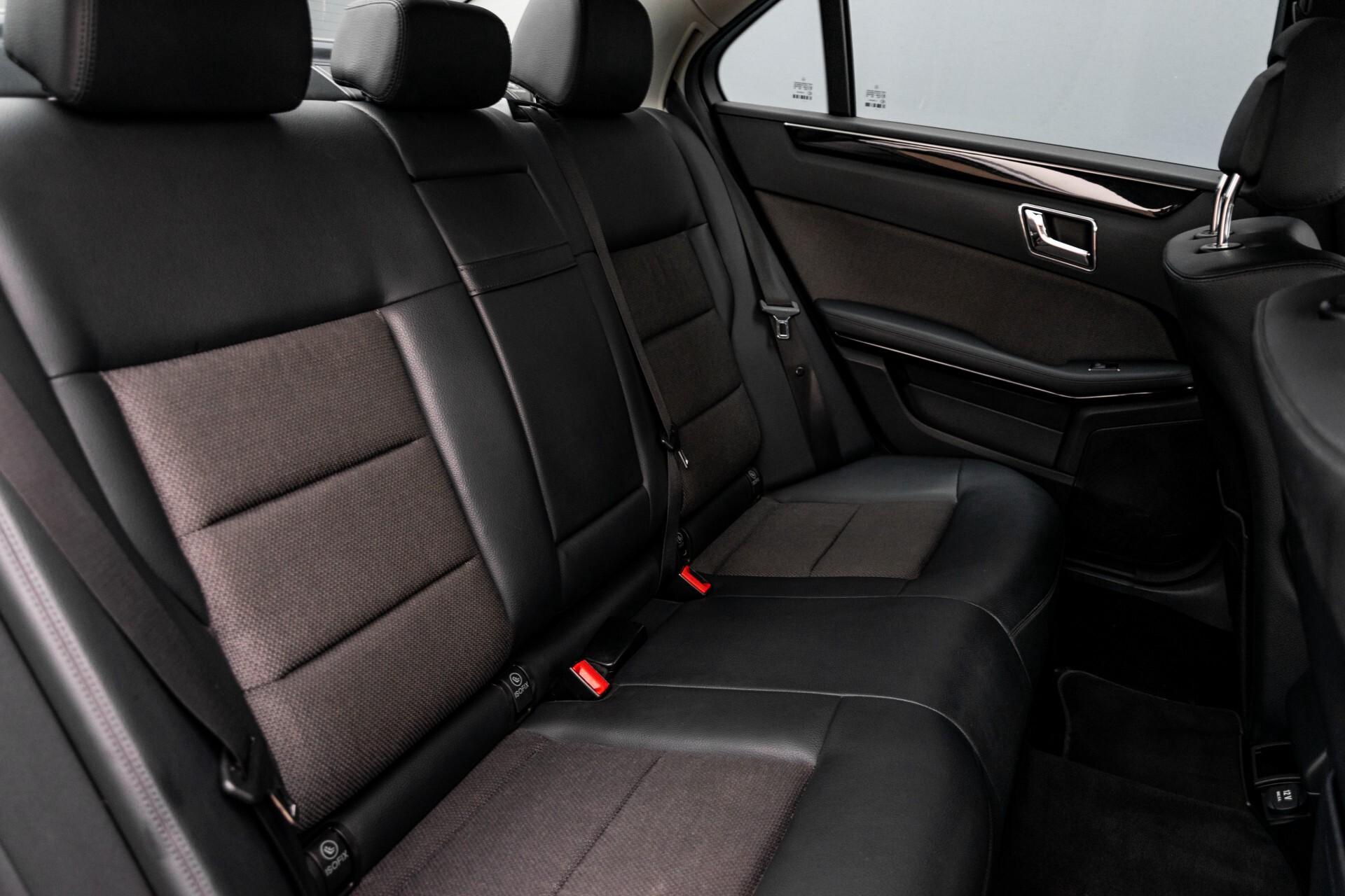 Mercedes-Benz E-Klasse 200 CGI Avantgarde Busines Class Aut5 Foto 4