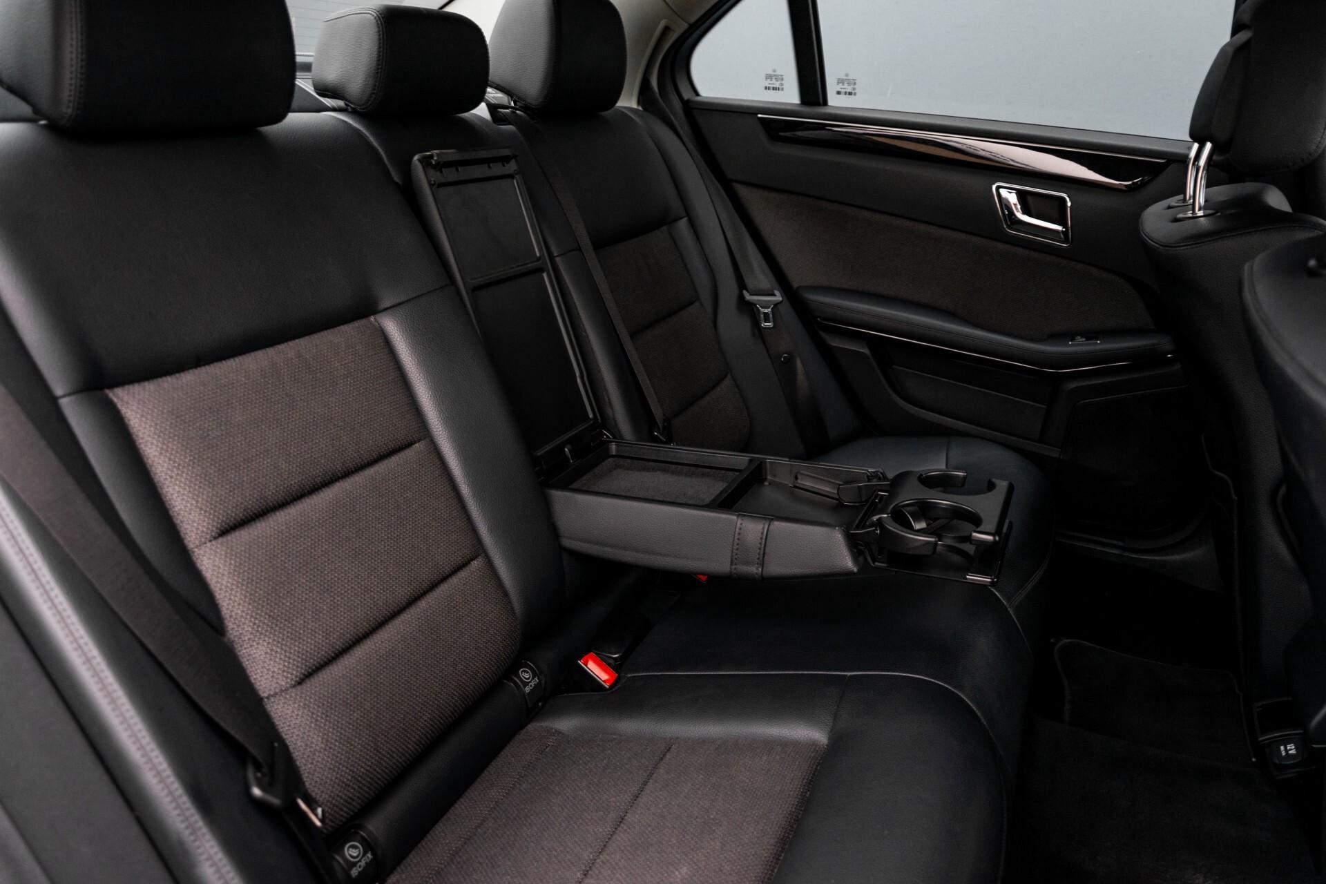 Mercedes-Benz E-Klasse 200 CGI Avantgarde Busines Class Aut5 Foto 5