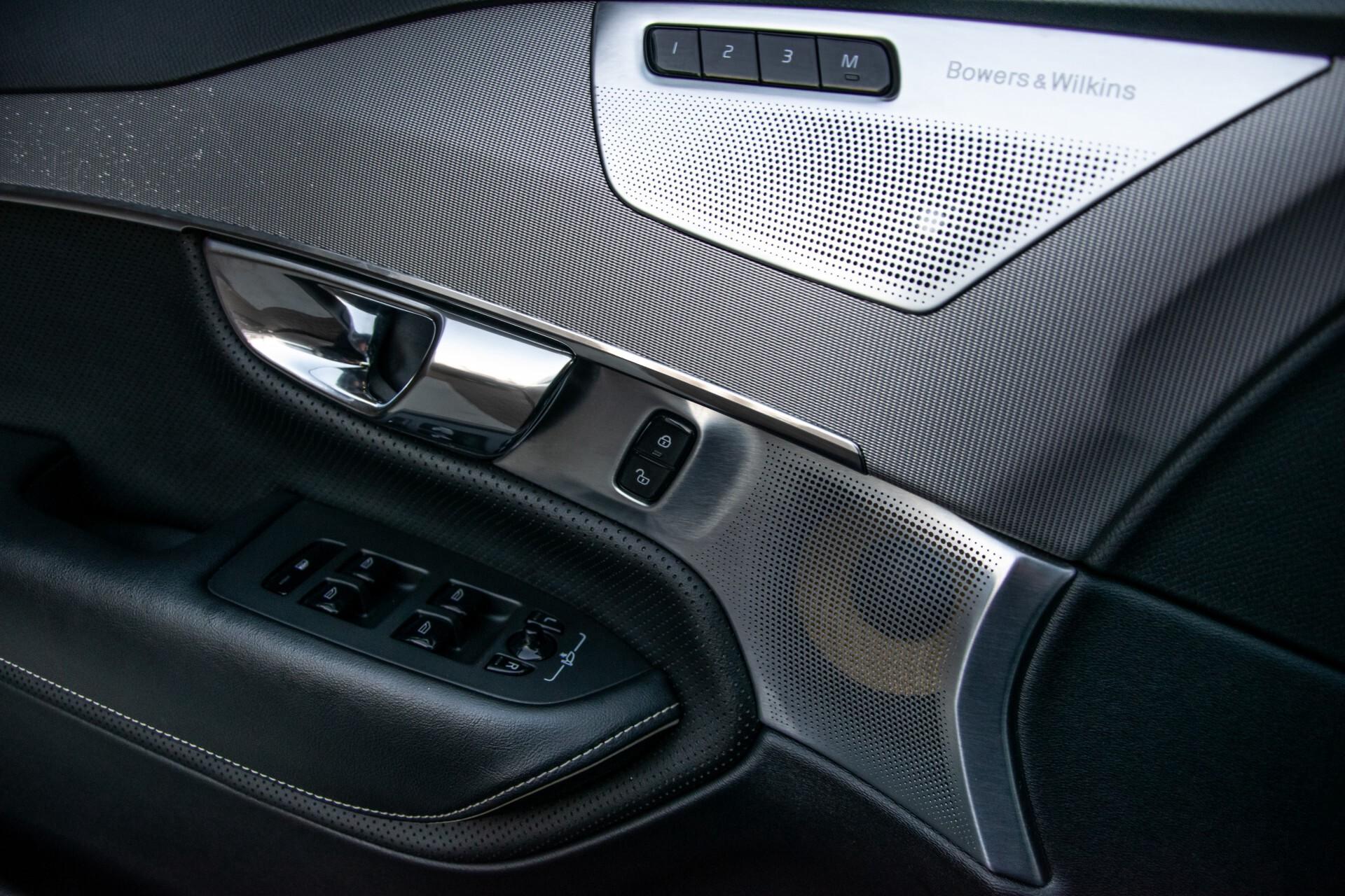 "Volvo XC90 2.0 T6 AWD R-Design Panorama/Keyless/B&W/ACC/Standkachel/22"" Aut8 Foto 22"