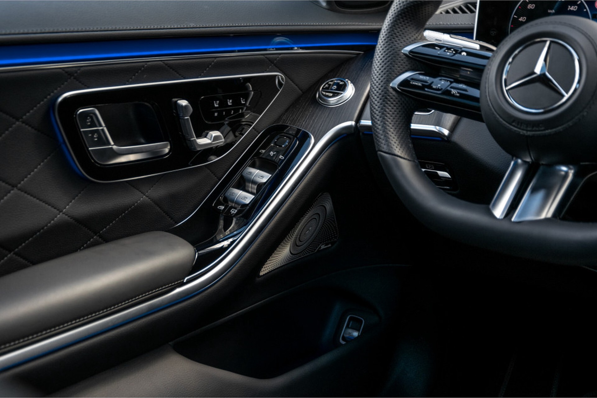 """Mercedes-Benz S-Klasse 400d Lang 4-M AMG Premium Plus 21""""/Massage/Head-Up/Digital Light/Ruitleder Aut9 Foto 34"""