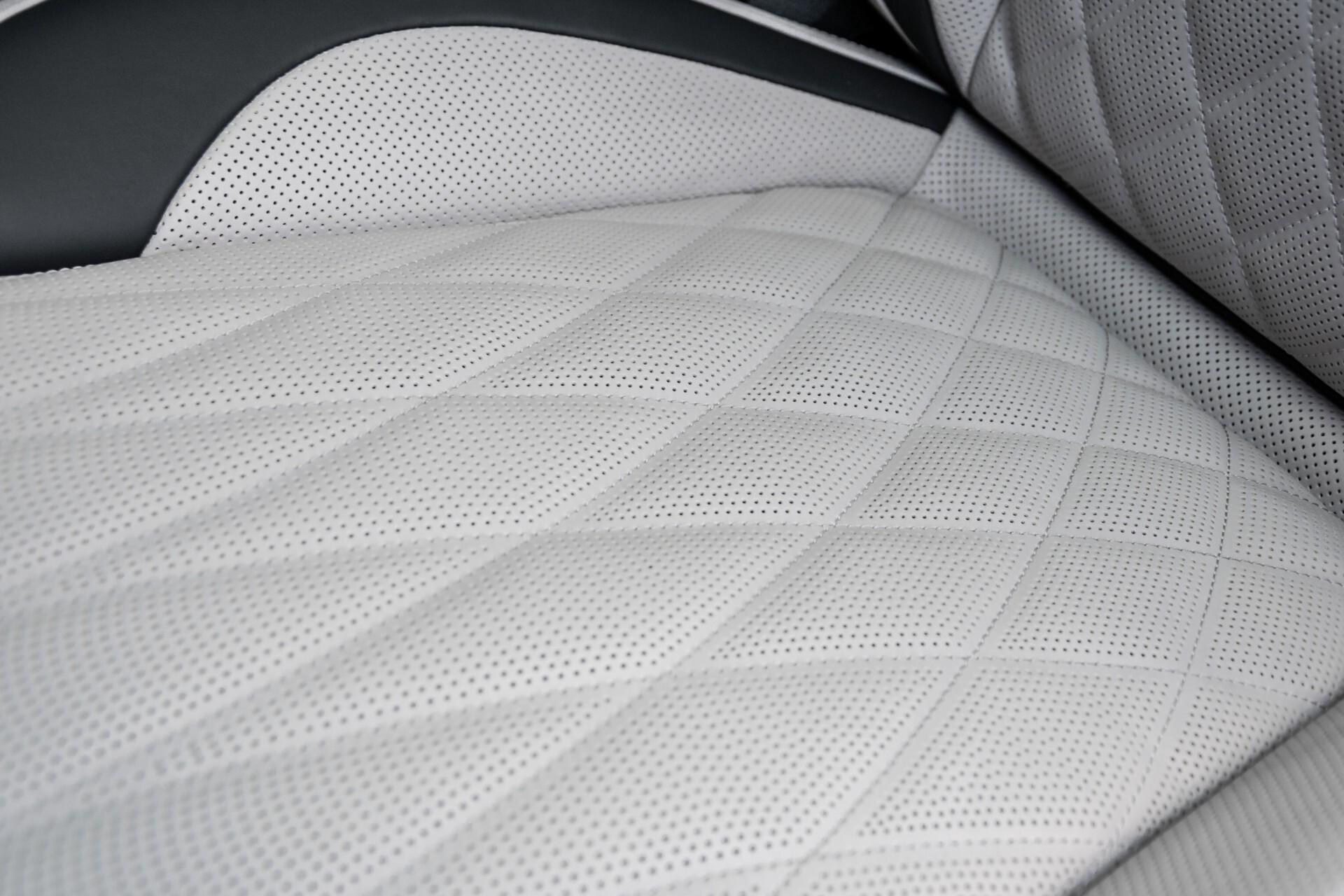 Mercedes-Benz G-Klasse 63 Manufaktur/Carbon/Massage/Entertainment/Drivers Package/TV Aut9 Foto 56