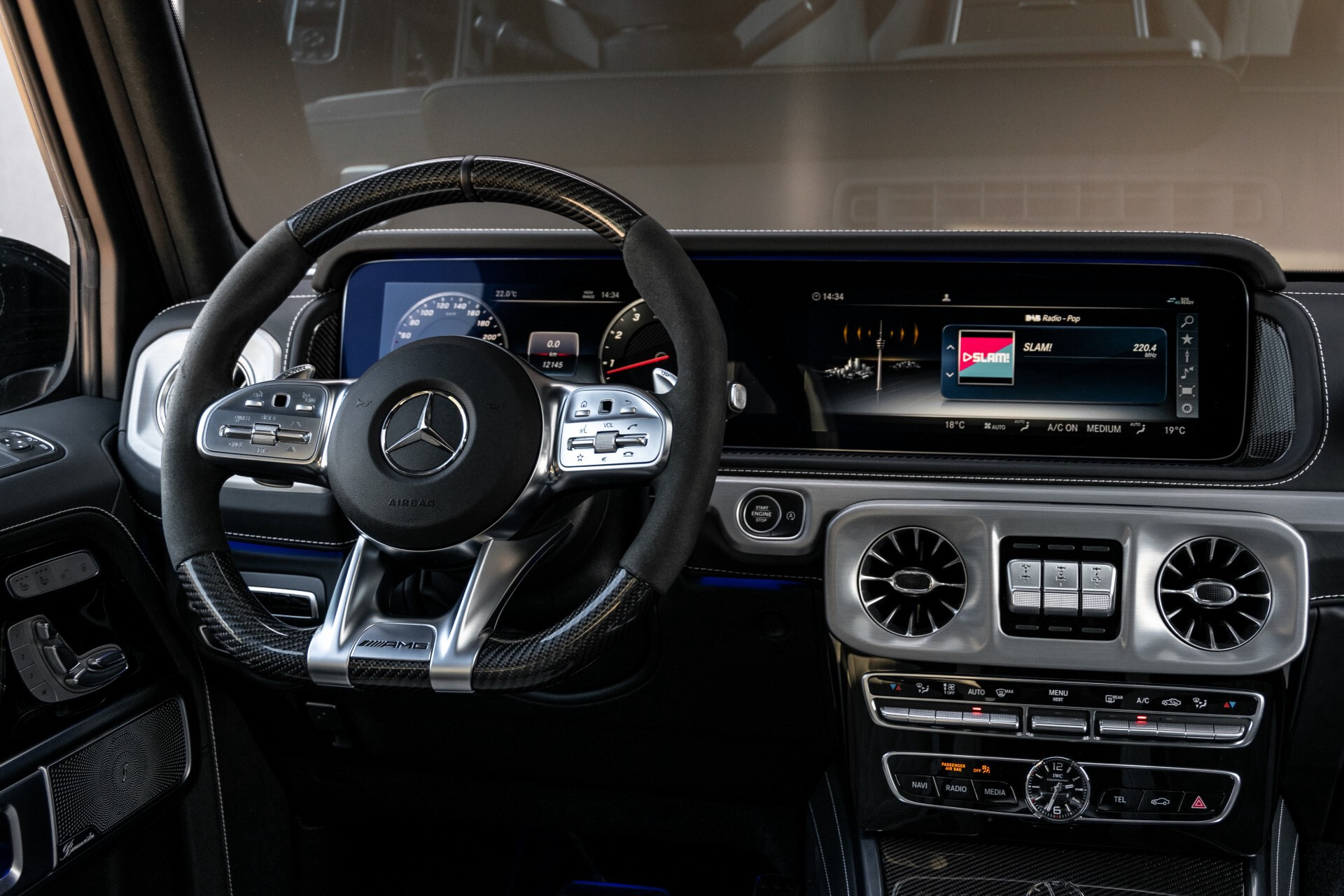 Mercedes-Benz G-Klasse 63 Manufaktur/Carbon/Massage/Entertainment/Drivers Package/TV Aut9 Foto 8