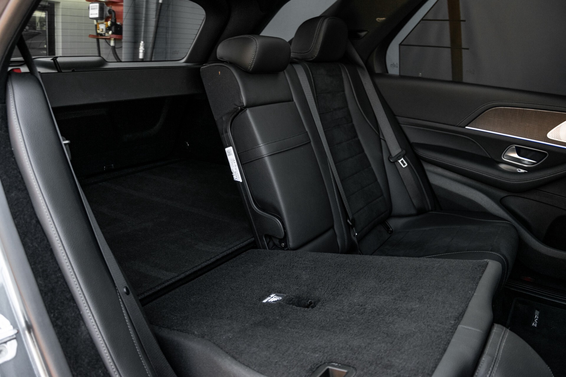 Mercedes-Benz GLE 350 de 4-M AMG Night Luchtvering/Rij-assist/Keyless/Panorama/Trekhaak/Burmester Aut9 Foto 7
