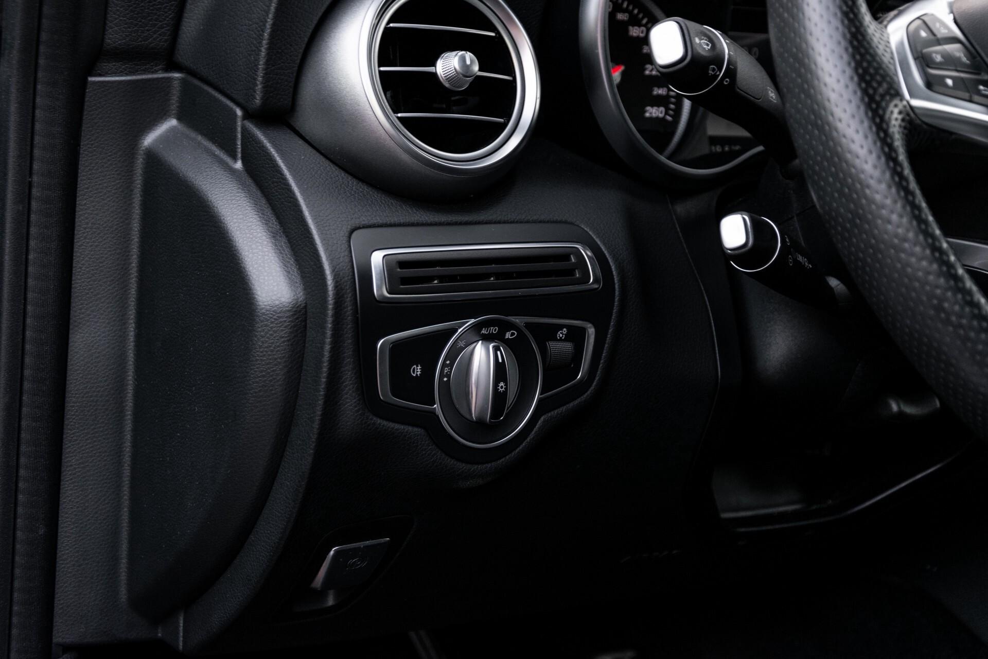 Mercedes-Benz C-Klasse Cabrio 250 AMG Airscarf/Aircap/Comand/ILS/Camera/Rode cabriokap Aut9 Foto 30