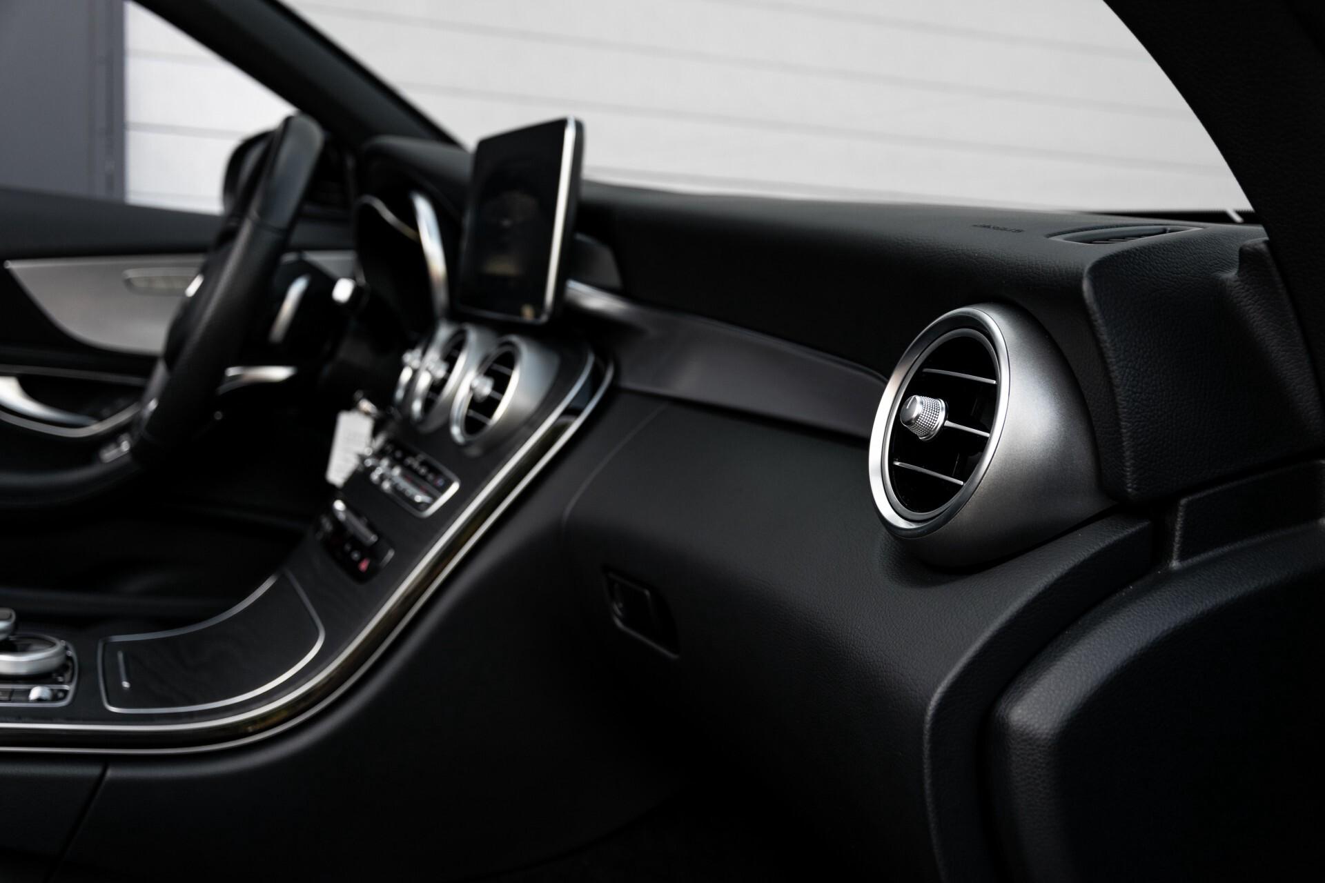 Mercedes-Benz C-Klasse Cabrio 250 AMG Airscarf/Aircap/Comand/ILS/Camera/Rode cabriokap Aut9 Foto 45