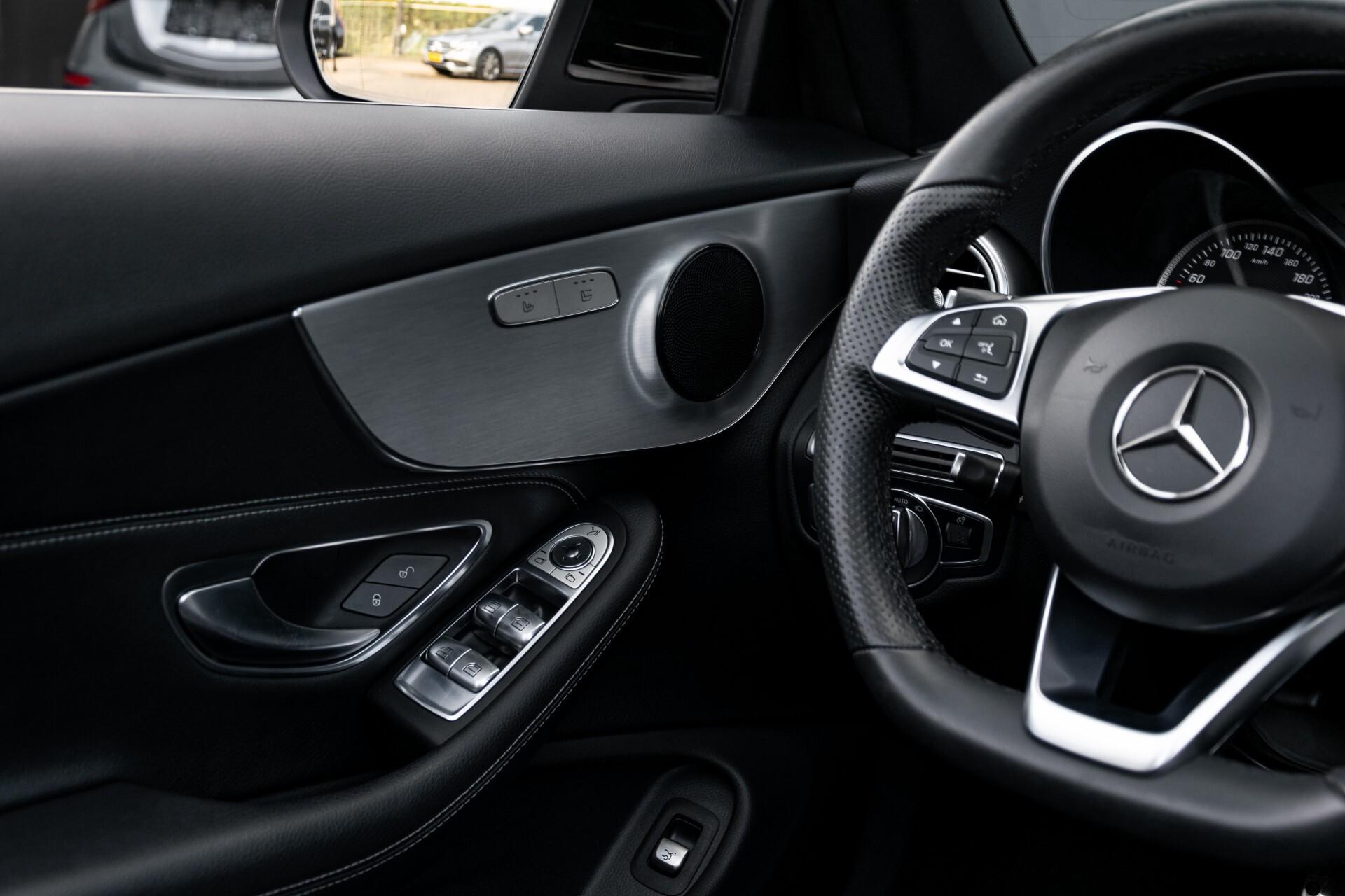 Mercedes-Benz C-Klasse Cabrio 250 AMG Airscarf/Aircap/Comand/ILS/Camera/Rode cabriokap Aut9 Foto 46