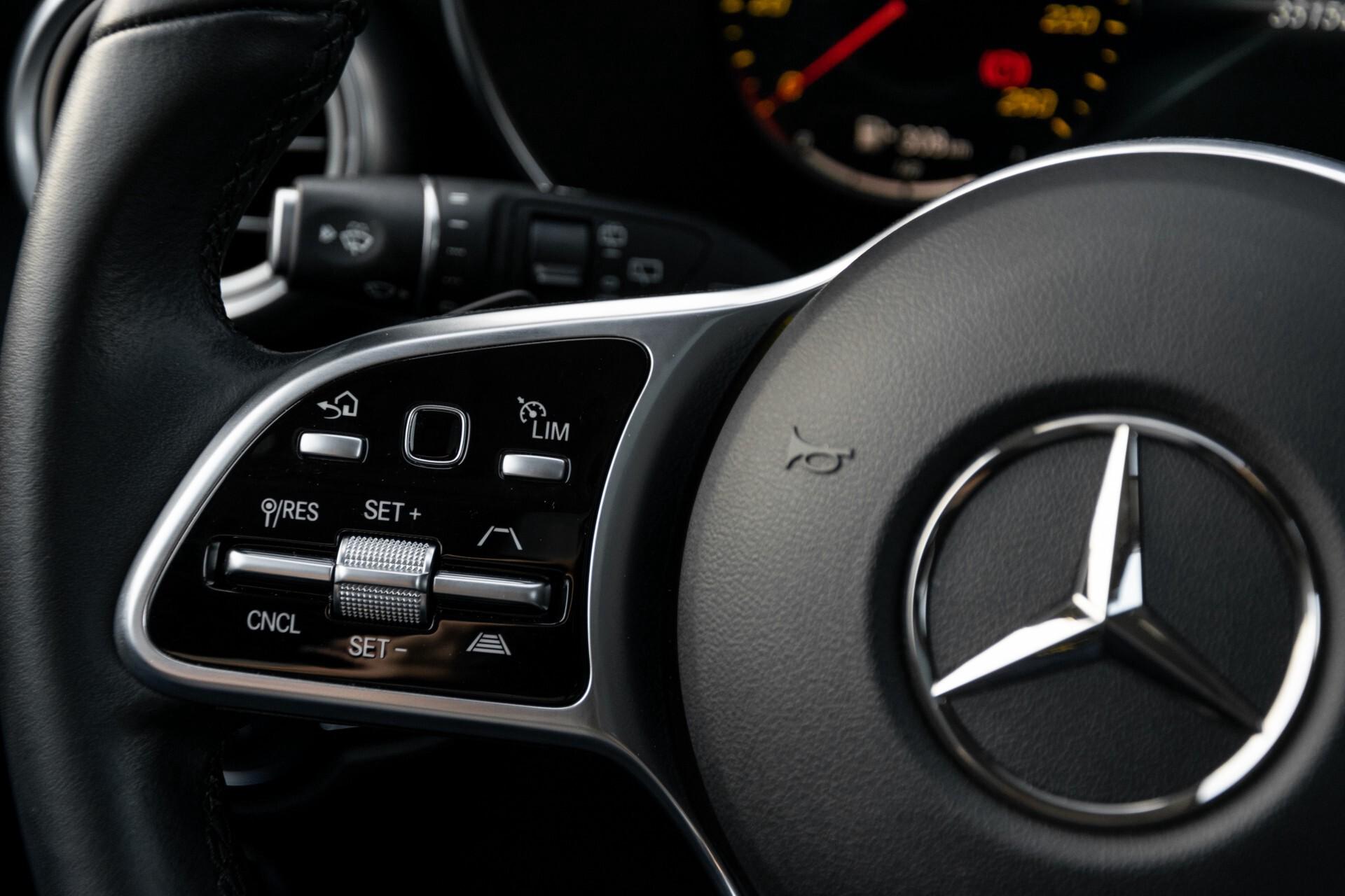 Mercedes-Benz GLC 300e 4-M Luchtvering/Panorama/Multicontourstoelen/Rij-assistentie/Standkachel Aut9 Foto 10