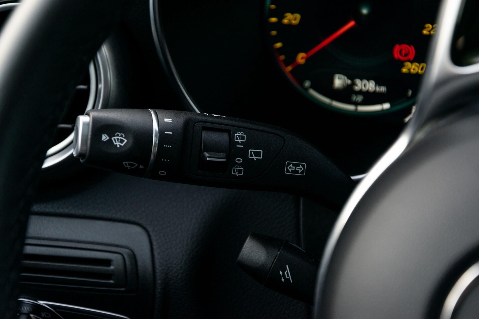 Mercedes-Benz GLC 300e 4-M Luchtvering/Panorama/Multicontourstoelen/Rij-assistentie/Standkachel Aut9 Foto 11