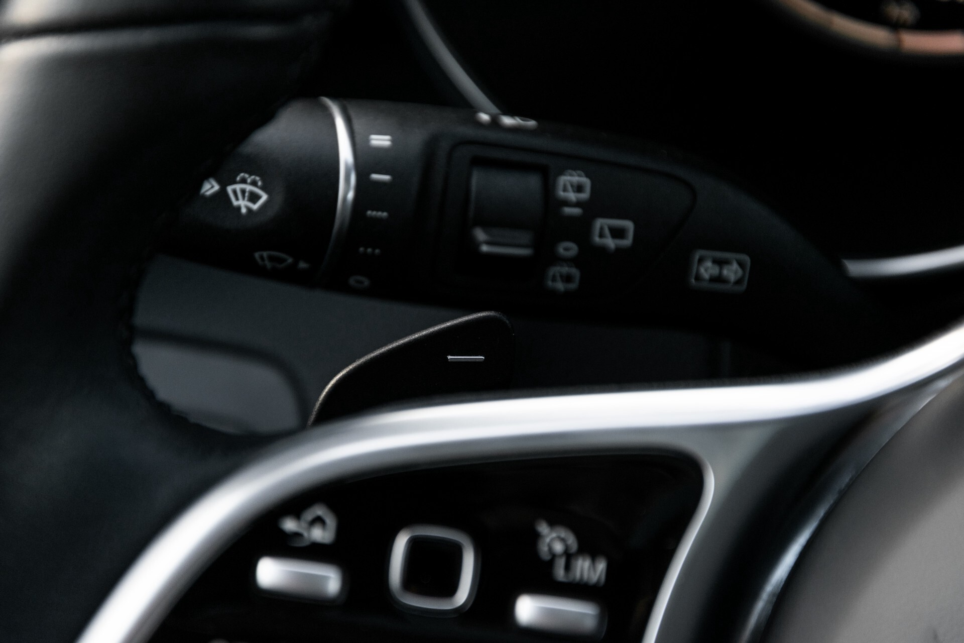 Mercedes-Benz GLC 300e 4-M Luchtvering/Panorama/Multicontourstoelen/Rij-assistentie/Standkachel Aut9 Foto 12