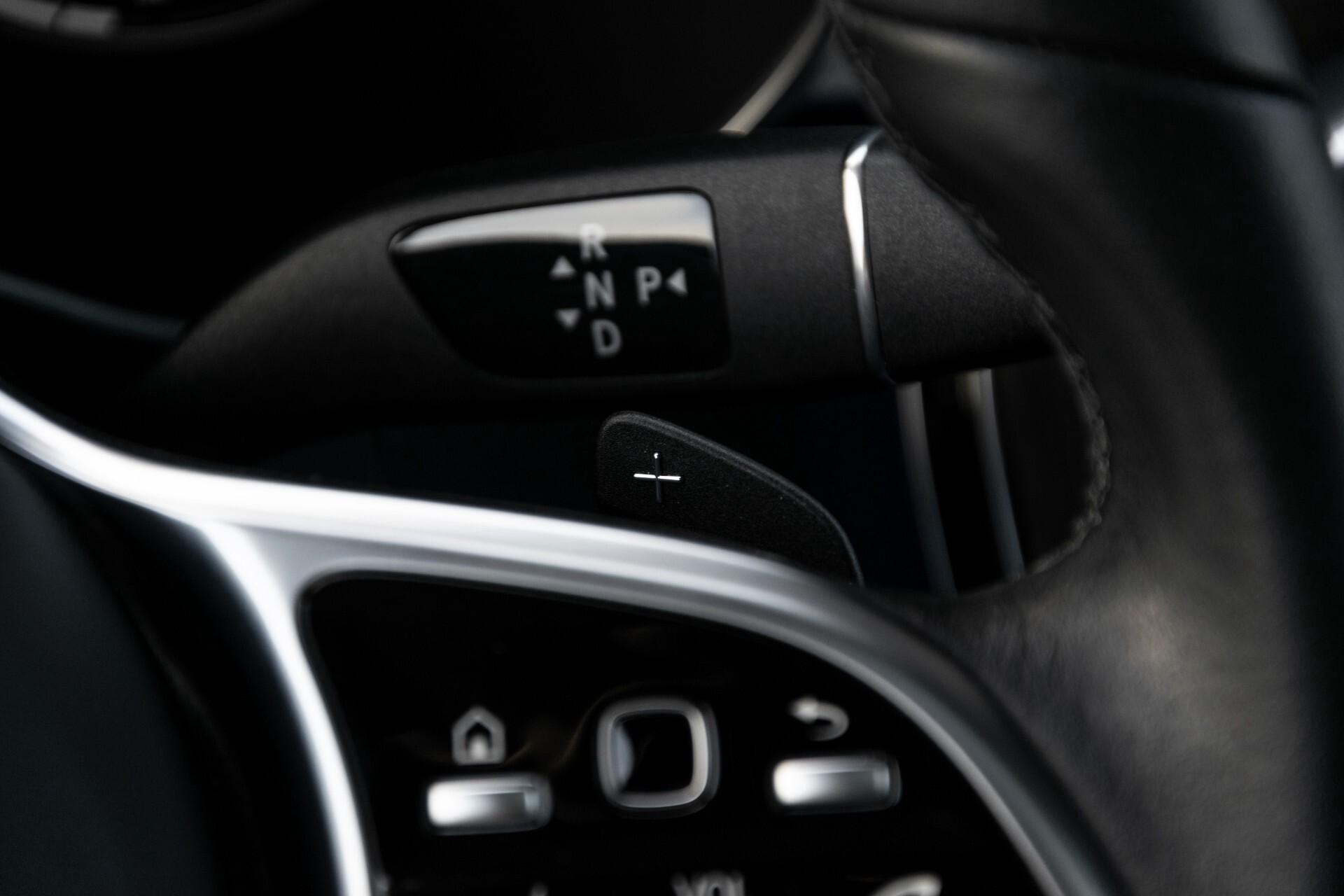 Mercedes-Benz GLC 300e 4-M Luchtvering/Panorama/Multicontourstoelen/Rij-assistentie/Standkachel Aut9 Foto 14