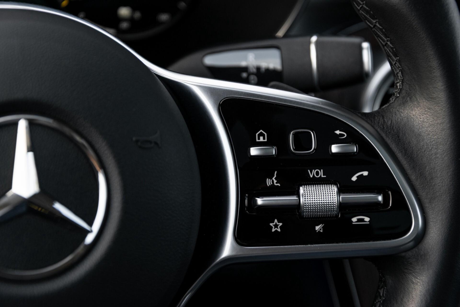 Mercedes-Benz GLC 300e 4-M Luchtvering/Panorama/Multicontourstoelen/Rij-assistentie/Standkachel Aut9 Foto 16