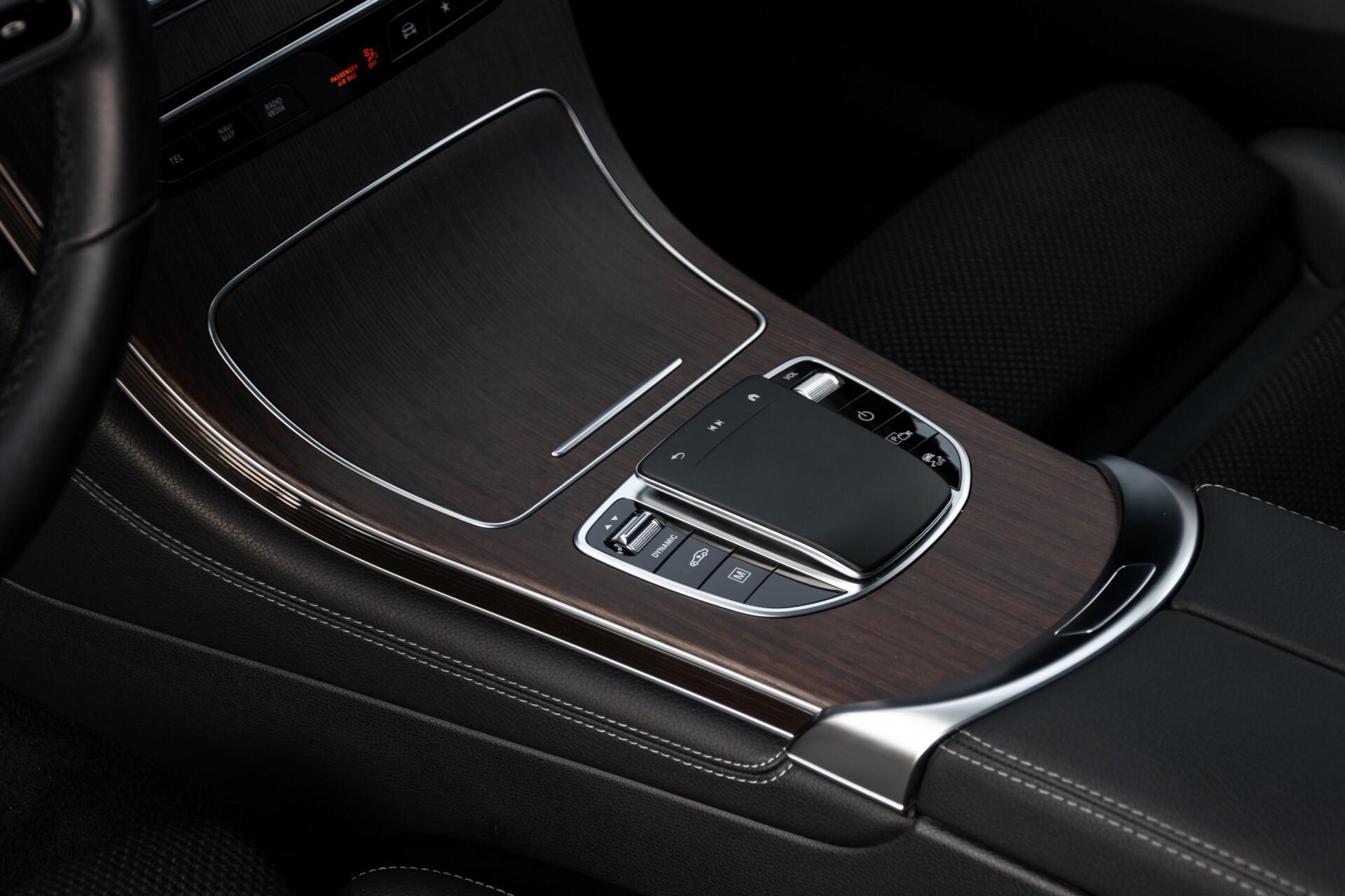 Mercedes-Benz GLC 300e 4-M Luchtvering/Panorama/Multicontourstoelen/Rij-assistentie/Standkachel Aut9 Foto 19