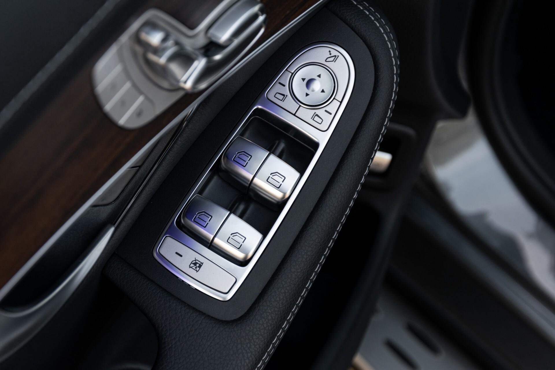 Mercedes-Benz GLC 300e 4-M Luchtvering/Panorama/Multicontourstoelen/Rij-assistentie/Standkachel Aut9 Foto 23