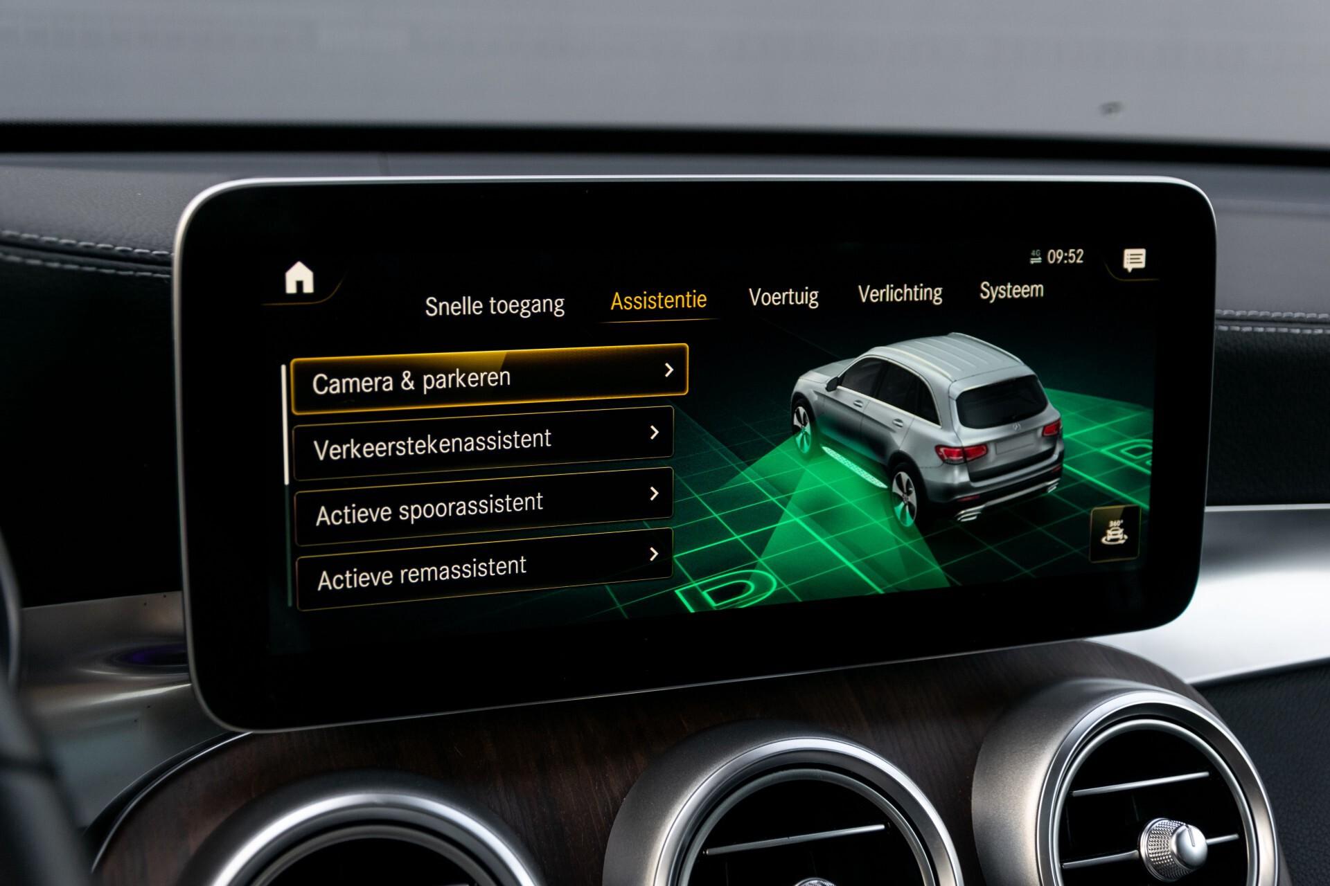 Mercedes-Benz GLC 300e 4-M Luchtvering/Panorama/Multicontourstoelen/Rij-assistentie/Standkachel Aut9 Foto 26