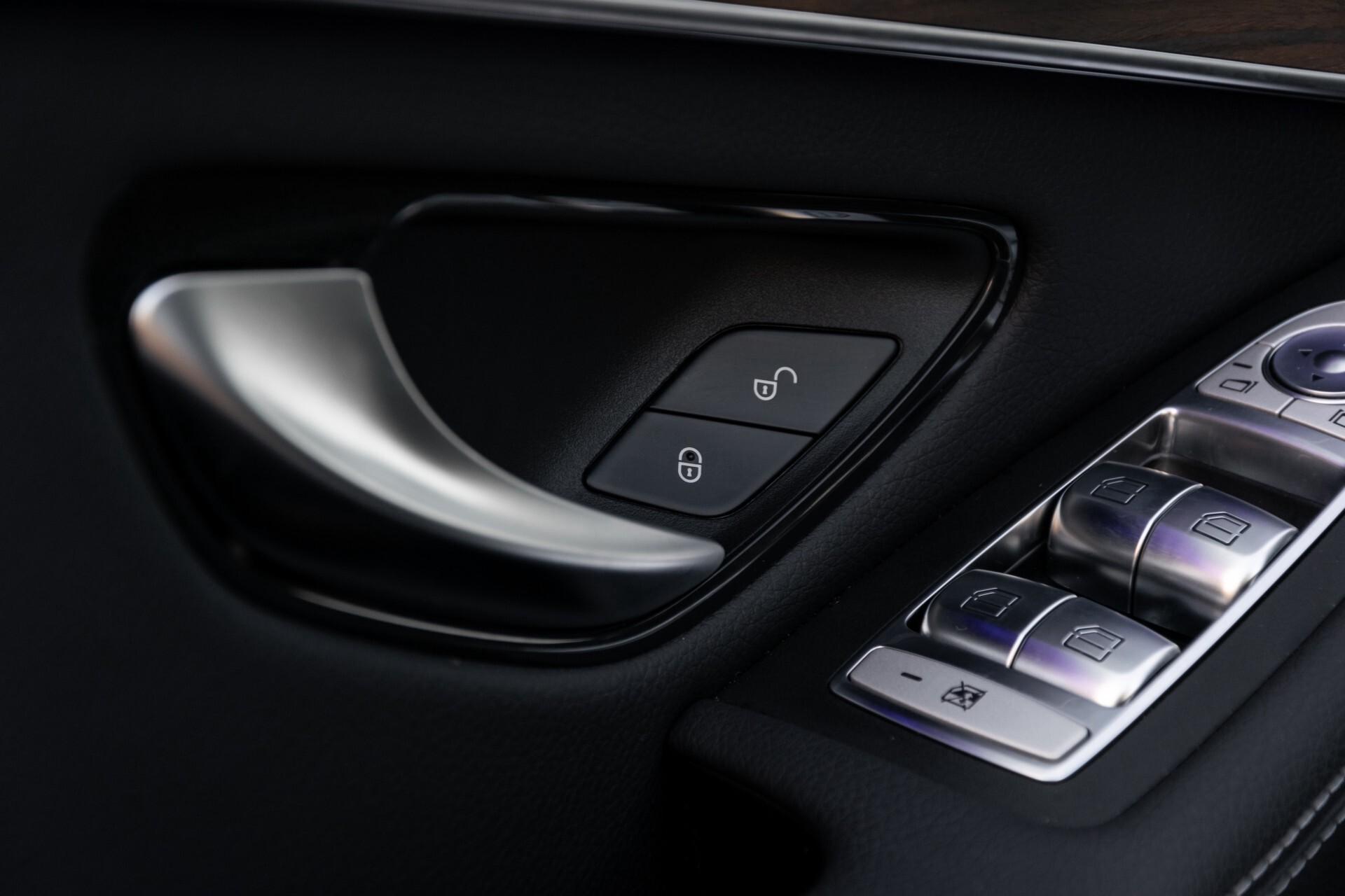 Mercedes-Benz GLC 300e 4-M Luchtvering/Panorama/Multicontourstoelen/Rij-assistentie/Standkachel Aut9 Foto 29