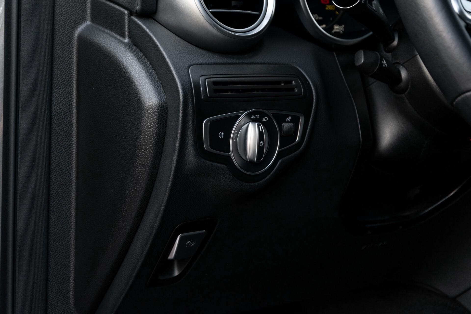 Mercedes-Benz GLC 300e 4-M Luchtvering/Panorama/Multicontourstoelen/Rij-assistentie/Standkachel Aut9 Foto 33
