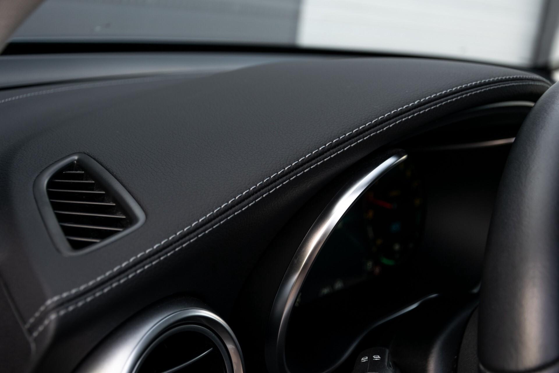 Mercedes-Benz GLC 300e 4-M Luchtvering/Panorama/Multicontourstoelen/Rij-assistentie/Standkachel Aut9 Foto 37