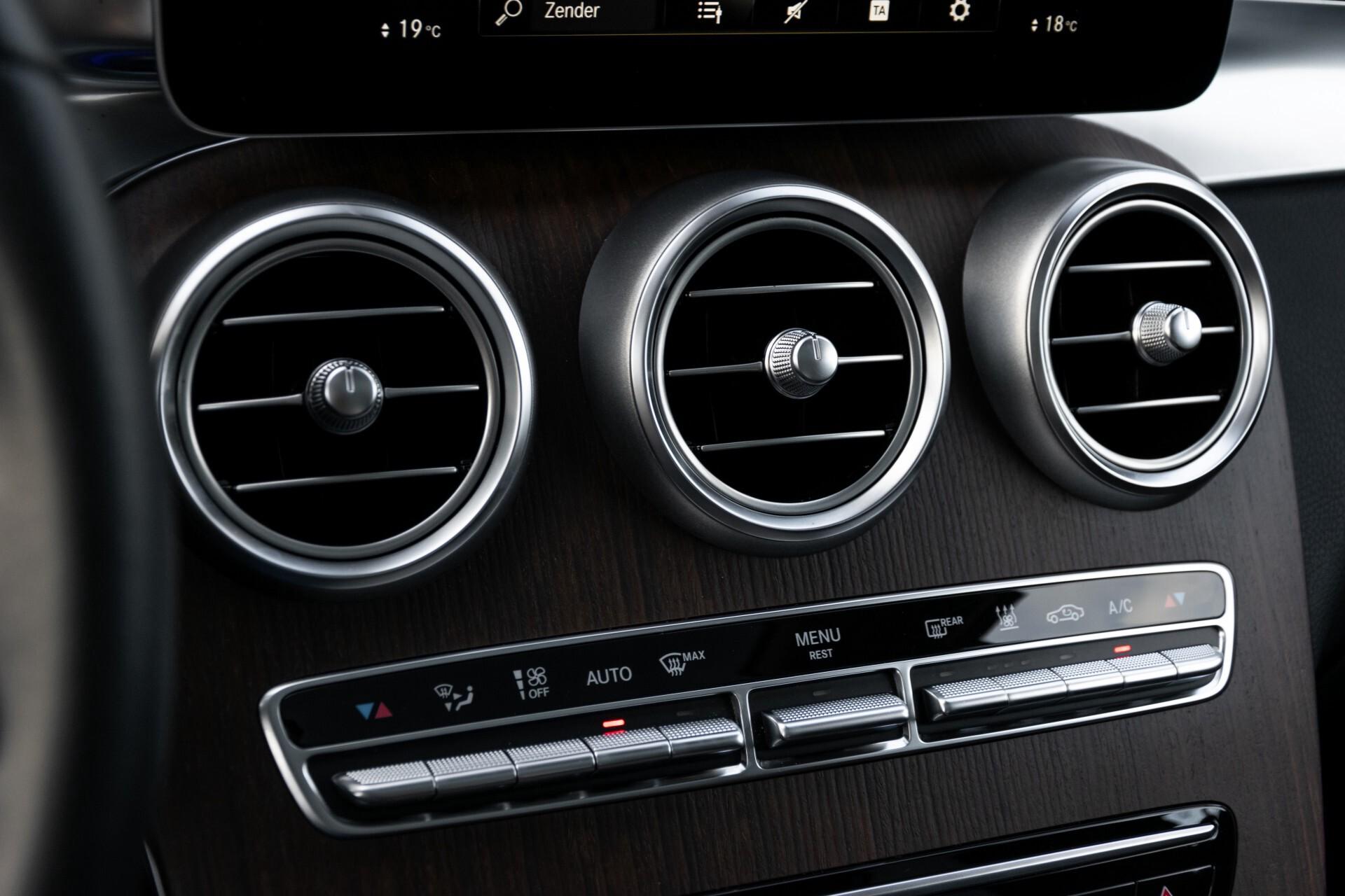 Mercedes-Benz GLC 300e 4-M Luchtvering/Panorama/Multicontourstoelen/Rij-assistentie/Standkachel Aut9 Foto 39