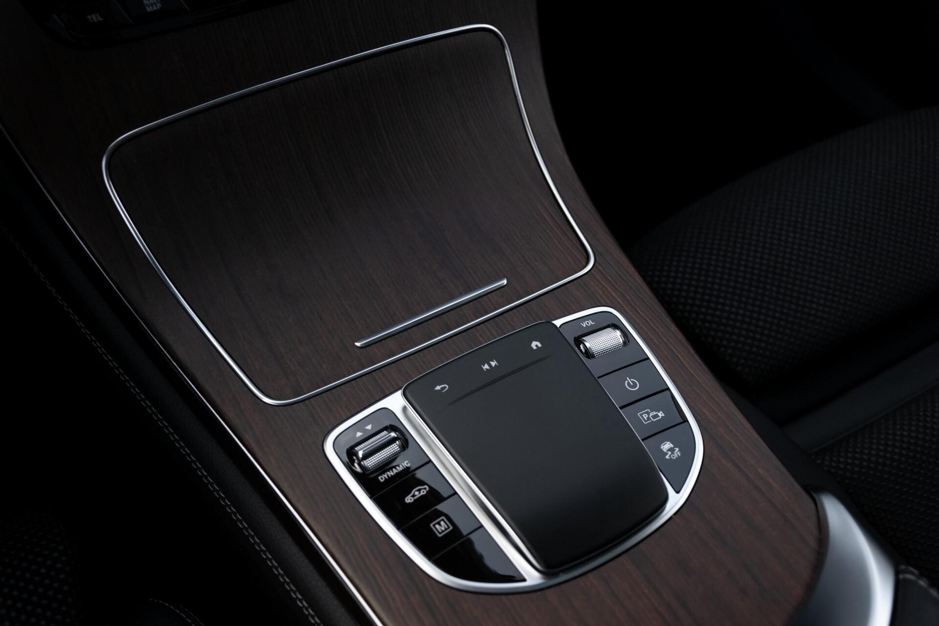 Mercedes-Benz GLC 300e 4-M Luchtvering/Panorama/Multicontourstoelen/Rij-assistentie/Standkachel Aut9 Foto 43