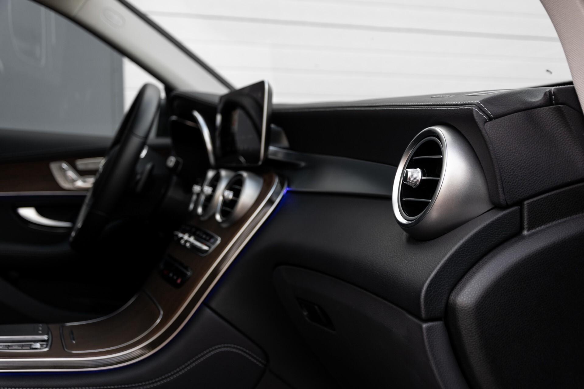 Mercedes-Benz GLC 300e 4-M Luchtvering/Panorama/Multicontourstoelen/Rij-assistentie/Standkachel Aut9 Foto 53