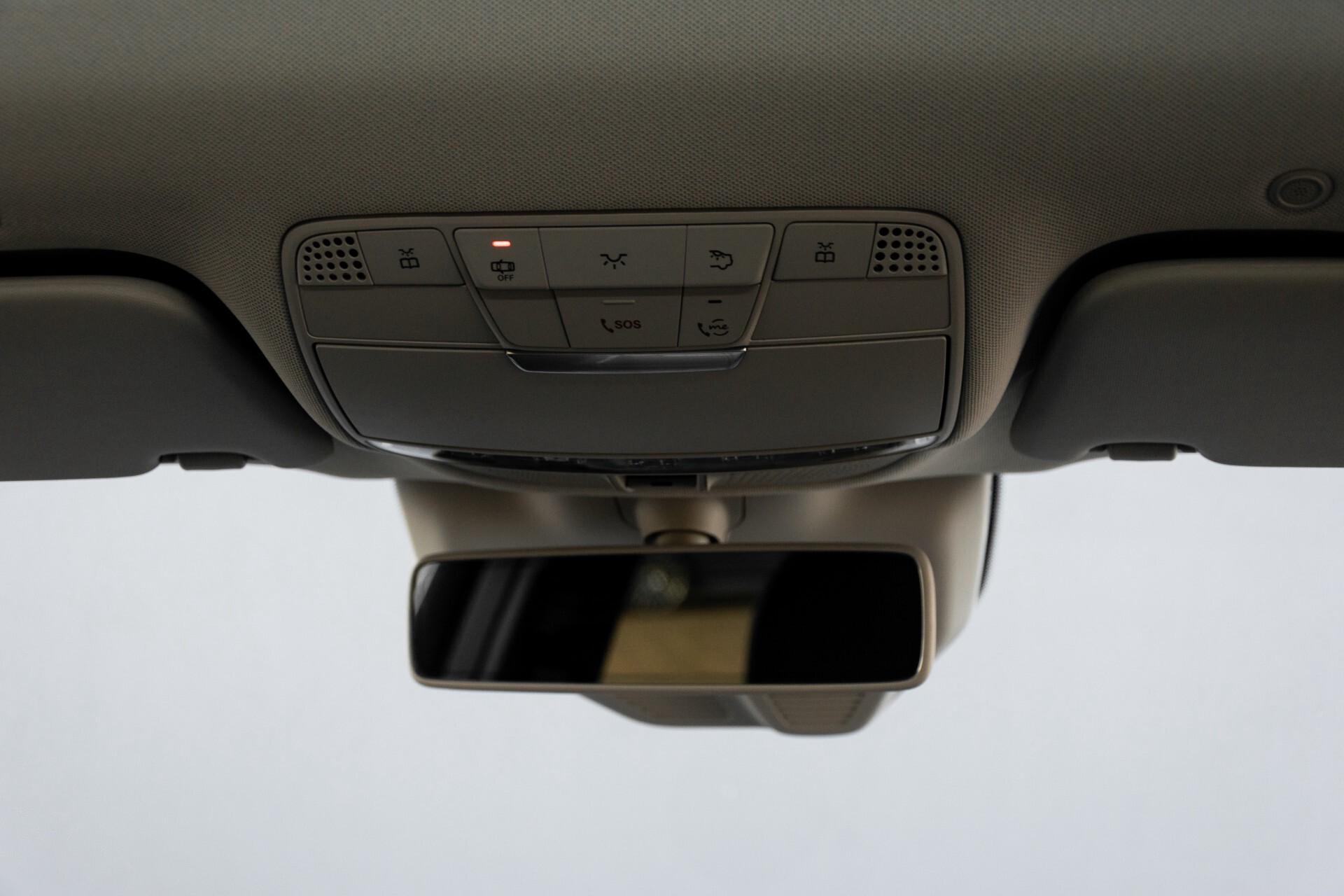 Mercedes-Benz GLC 300e 4-M Luchtvering/Panorama/Multicontourstoelen/Rij-assistentie/Standkachel Aut9 Foto 55