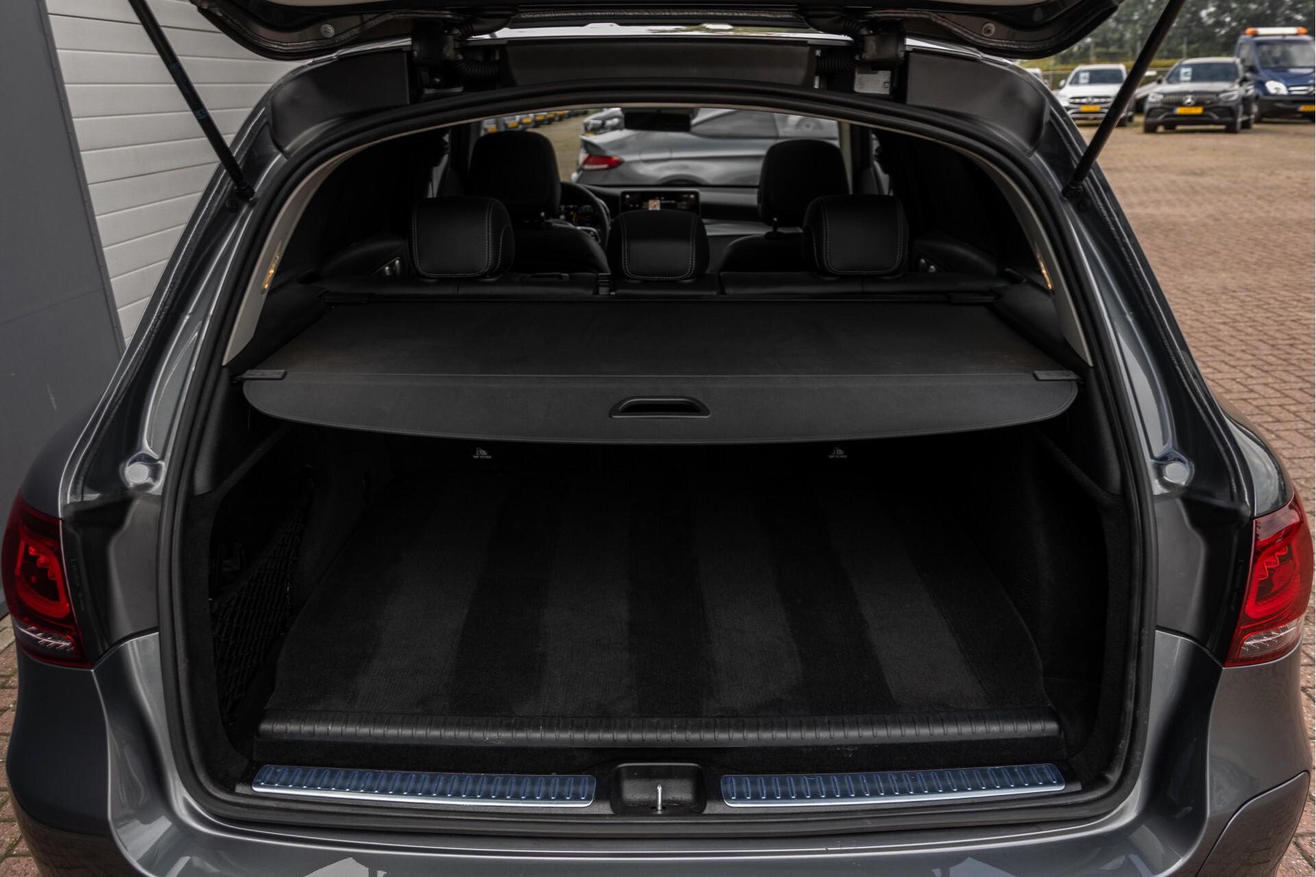 Mercedes-Benz GLC 300e 4-M Luchtvering/Panorama/Multicontourstoelen/Rij-assistentie/Standkachel Aut9 Foto 58