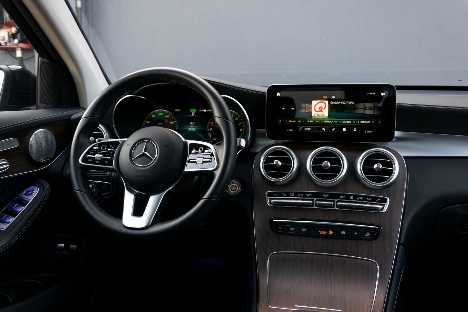 Mercedes-Benz GLC 300e 4-M Luchtvering/Panorama/Multicontourstoelen/Rij-assistentie/Standkachel Aut9 Foto 7