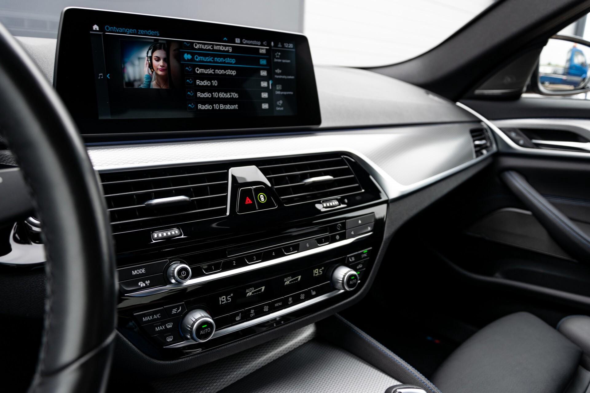 BMW 5 Serie 530e xDrive M-Sport iPerformance High Executive Aut8 Foto 46