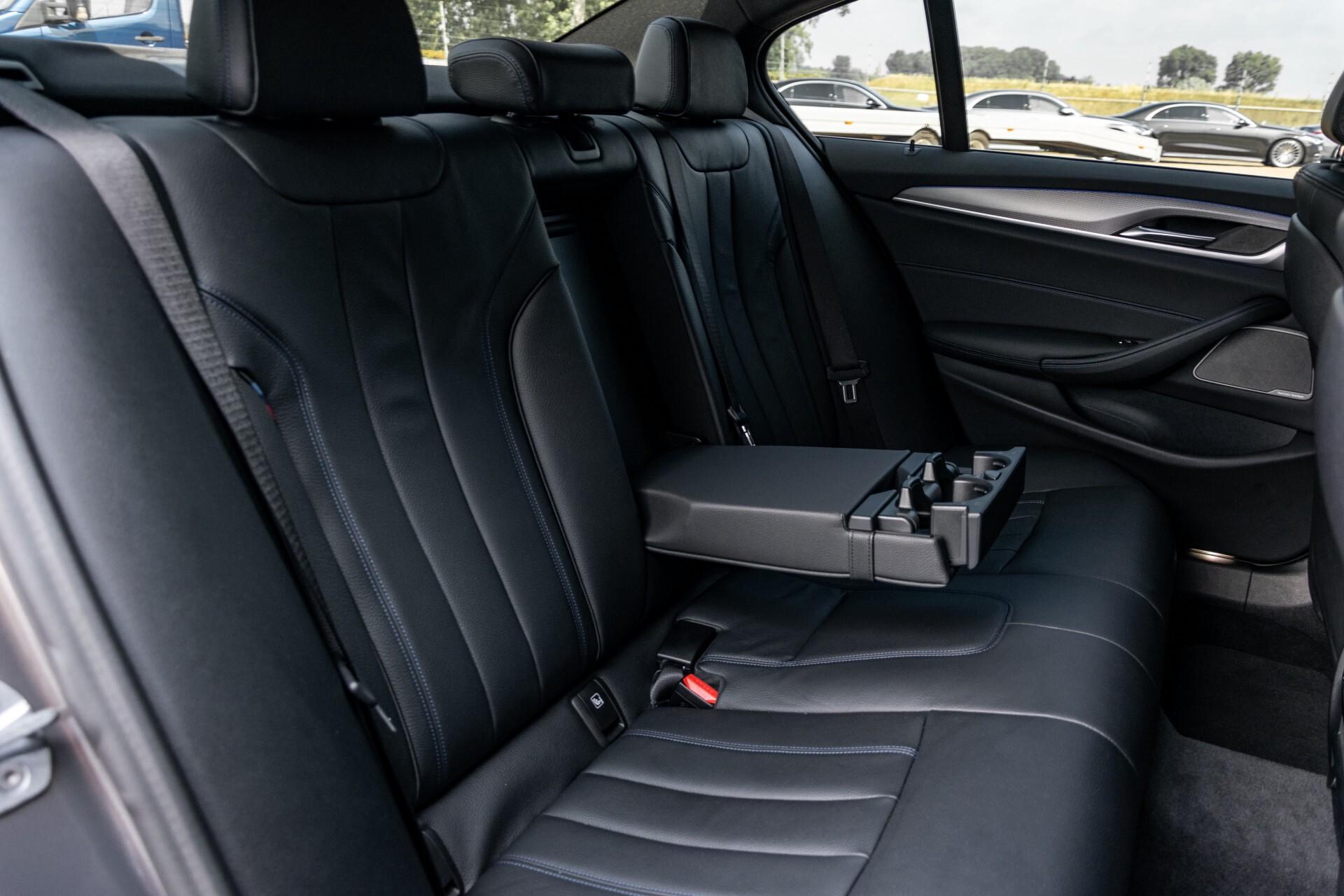 BMW 5 Serie 530e xDrive M-Sport iPerformance High Executive Aut8 Foto 5