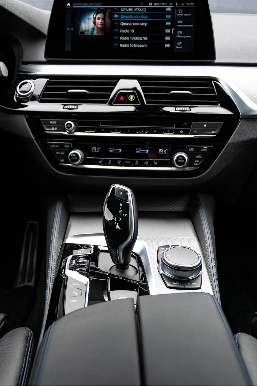 BMW 5 Serie 530e xDrive M-Sport iPerformance High Executive Aut8 Foto 55