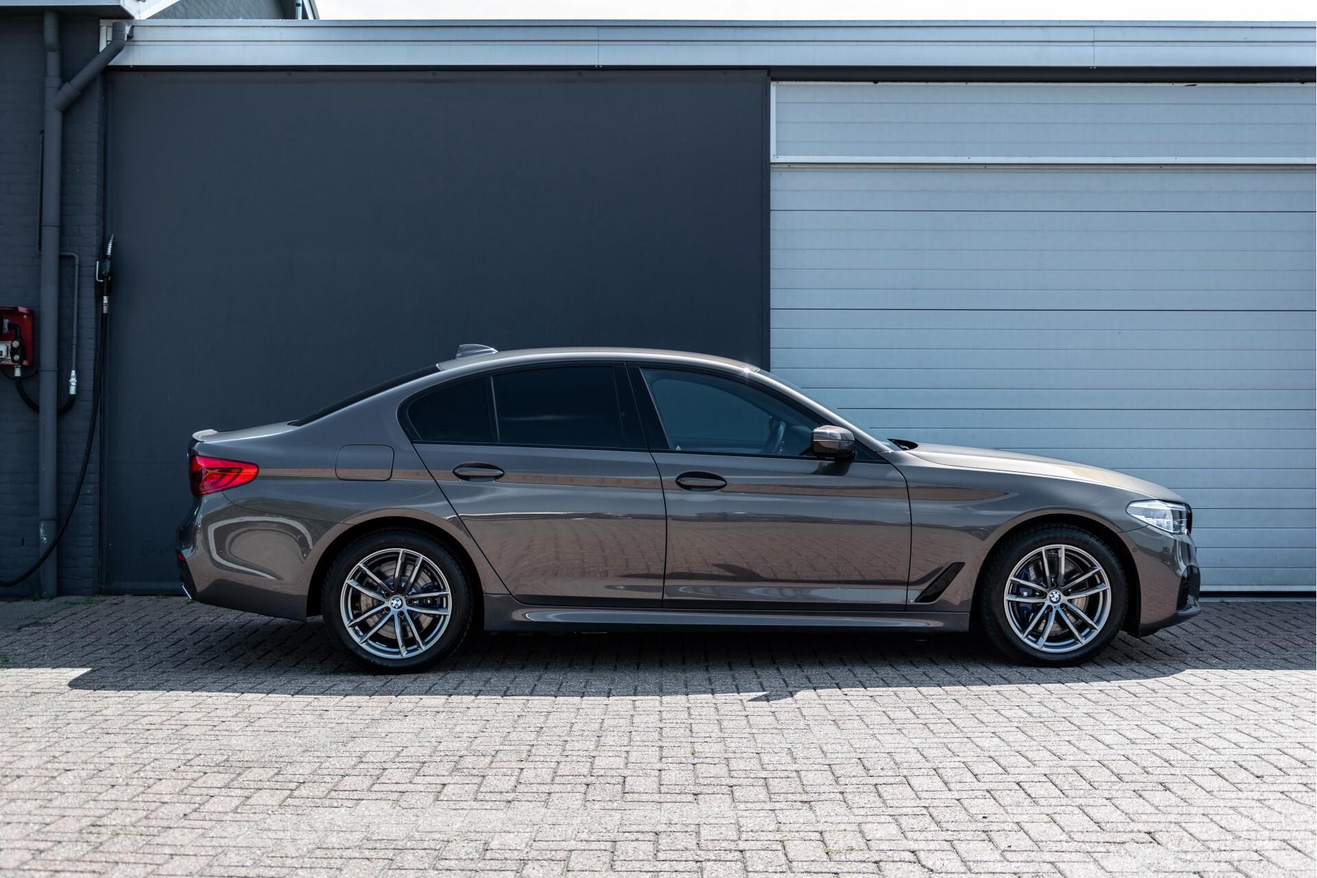 BMW 5 Serie 530e xDrive M-Sport iPerformance High Executive Aut8 Foto 63