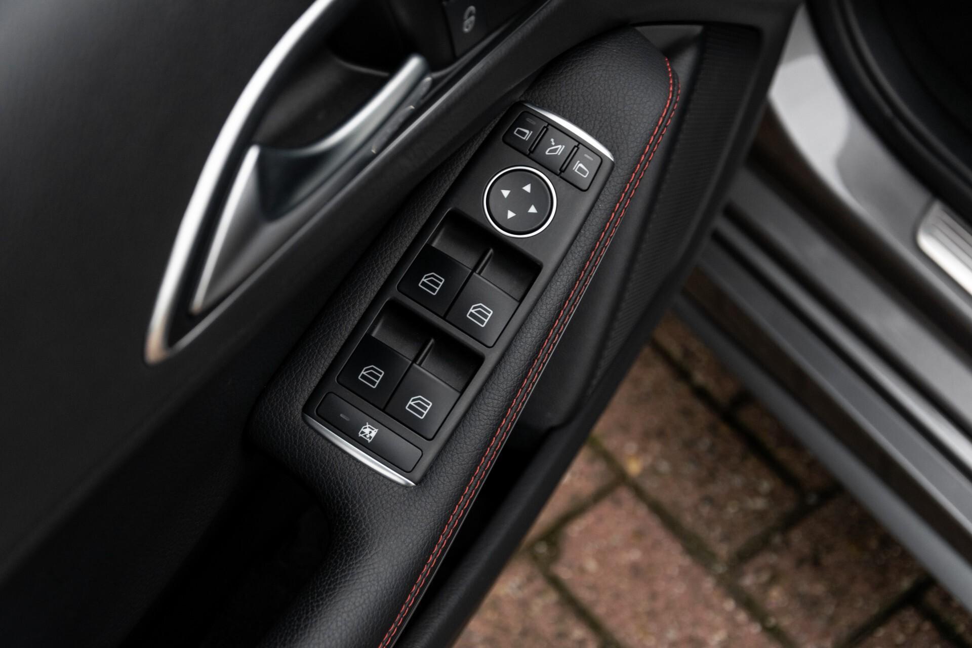 Mercedes-Benz A-Klasse 250 Sport AMG Panorama/Standkachel/Mem/Harman-Kardon/Distronic/Camera/Com Aut7 Foto 20