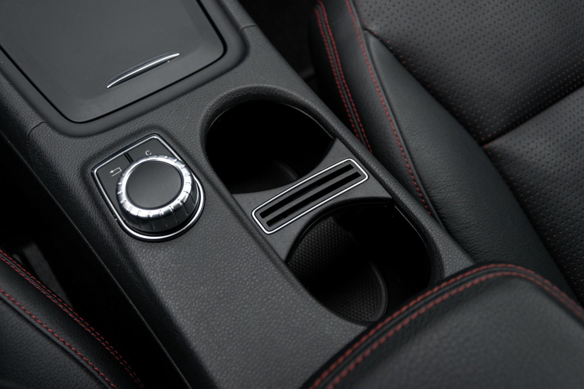 Mercedes-Benz A-Klasse 250 Sport AMG Panorama/Standkachel/Mem/Harman-Kardon/Distronic/Camera/Com Aut7 Foto 38