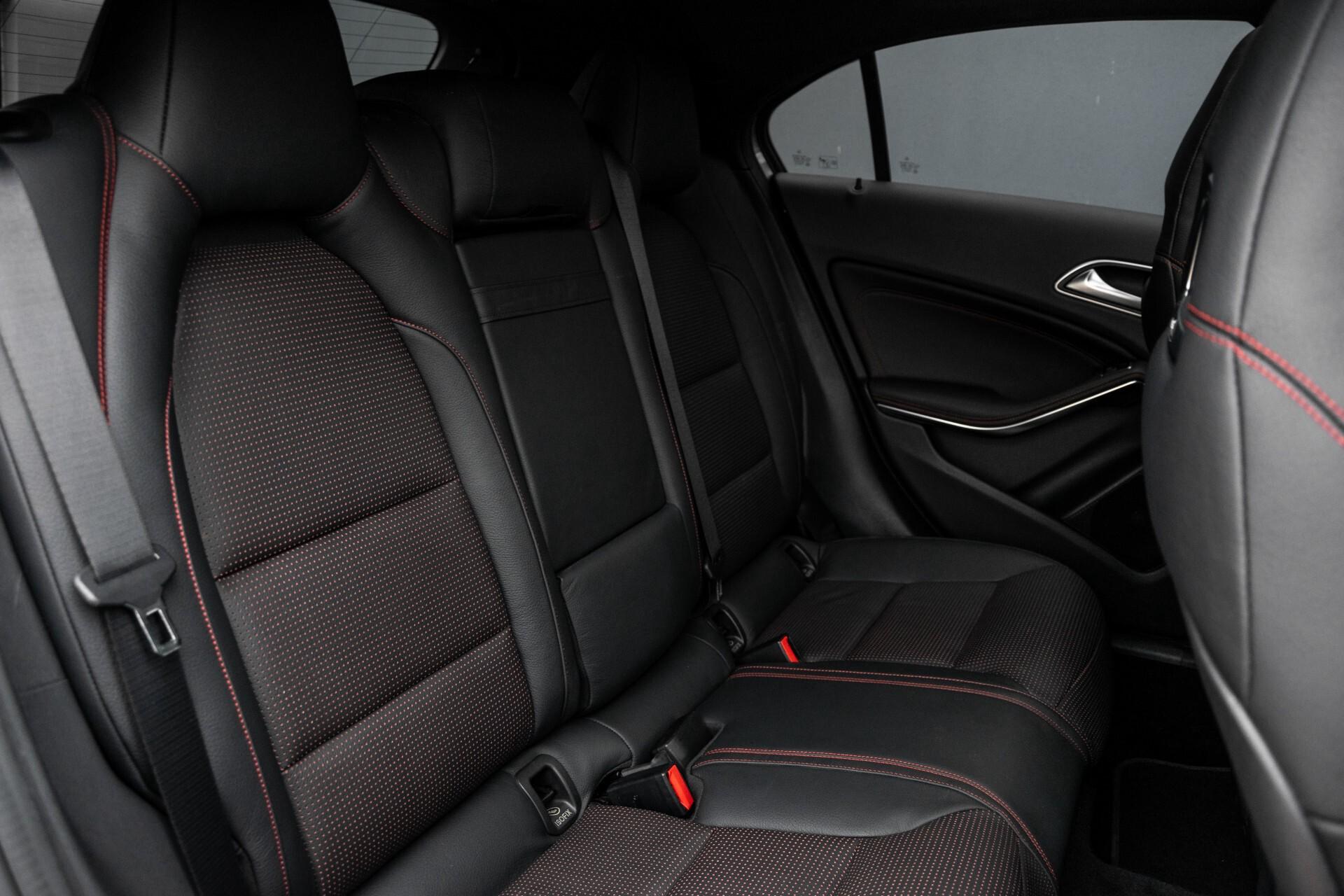 Mercedes-Benz A-Klasse 250 Sport AMG Panorama/Standkachel/Mem/Harman-Kardon/Distronic/Camera/Com Aut7 Foto 5